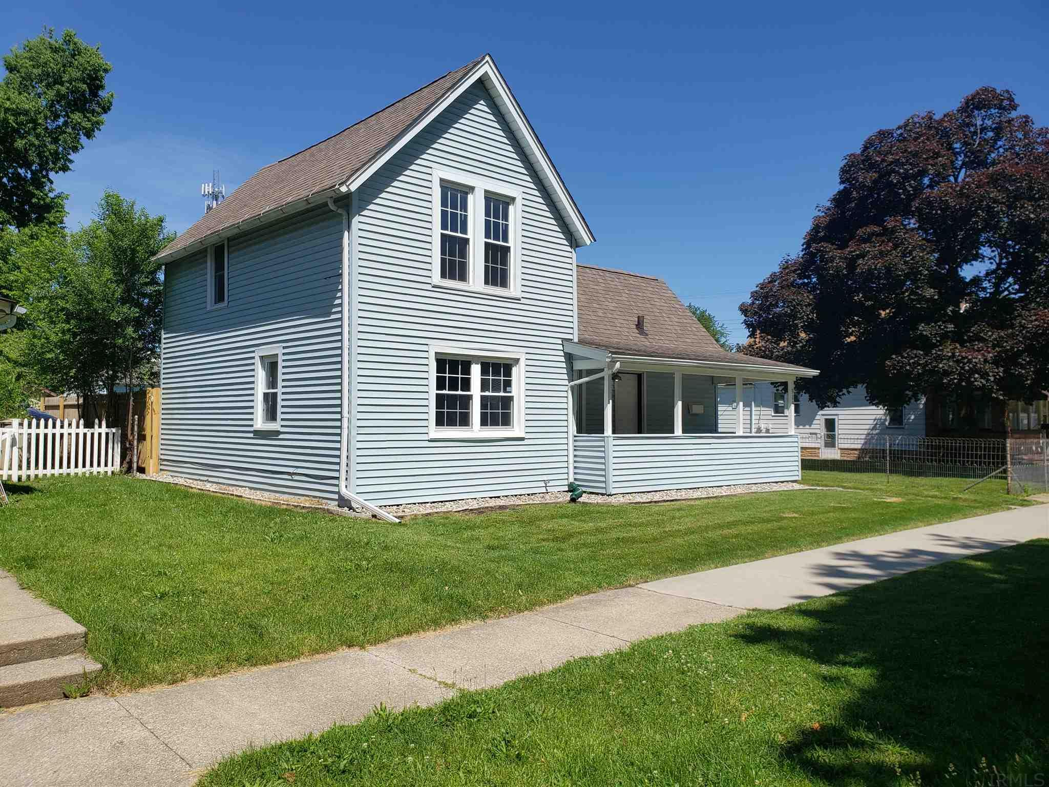 923 S 33RD South Bend, IN 46615