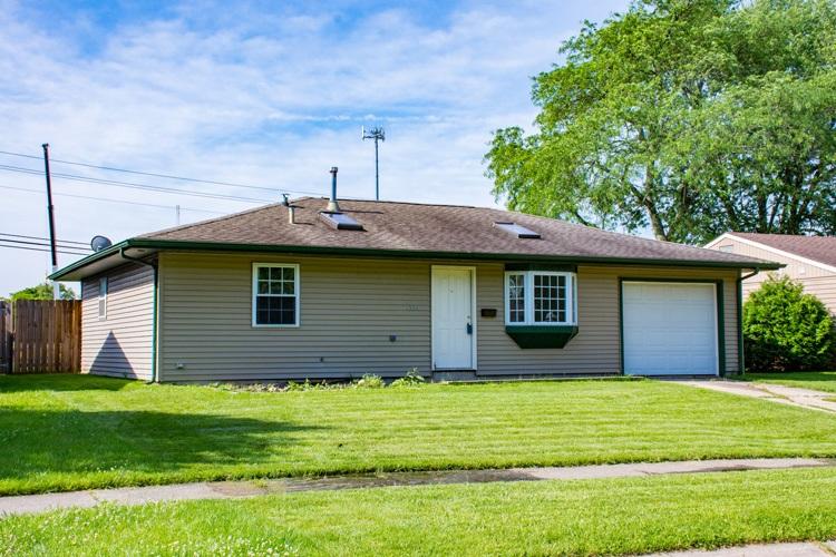 1934 Renfrew South Bend, IN 46614