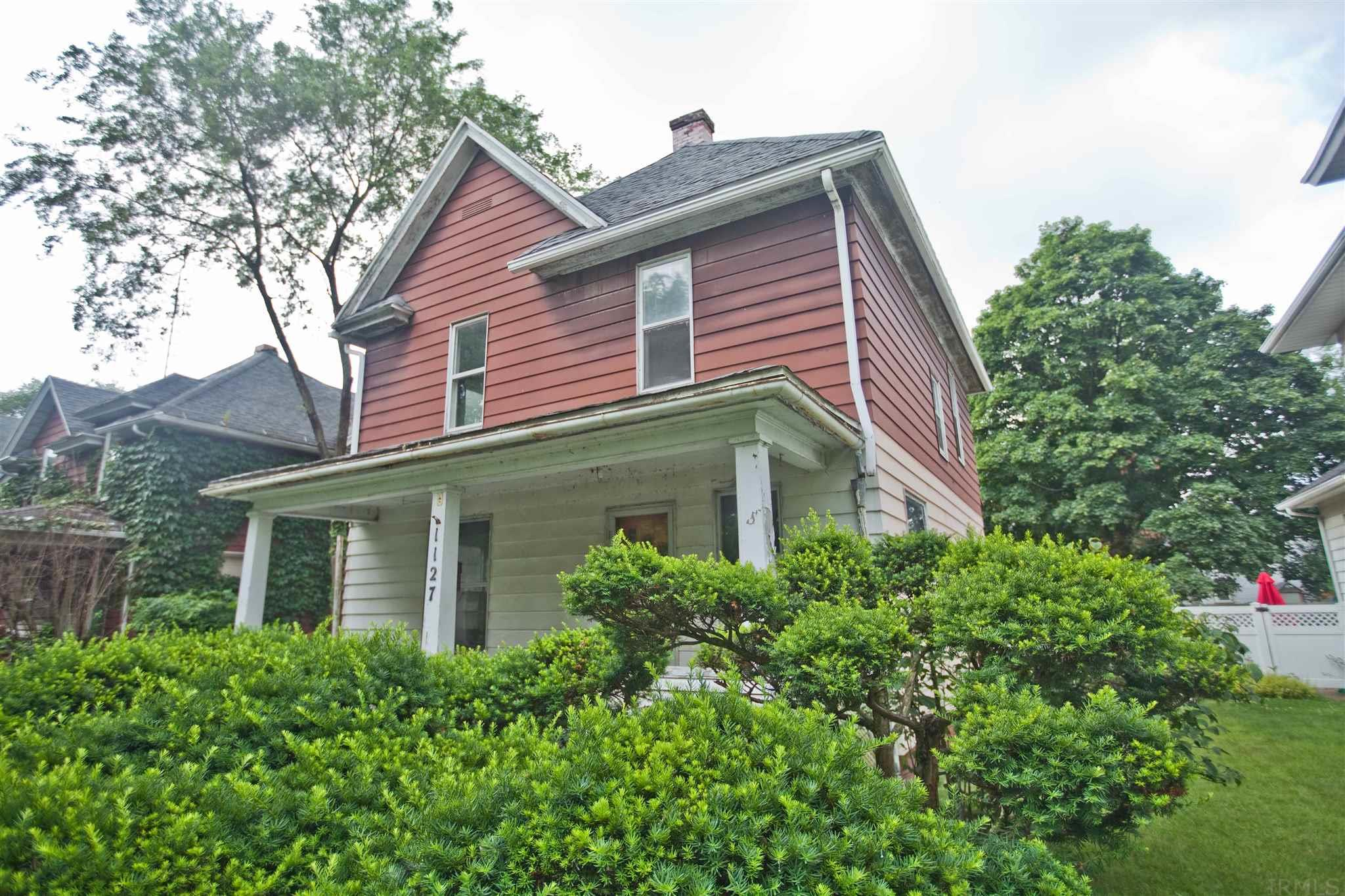 1127 Woodward South Bend, IN 46616