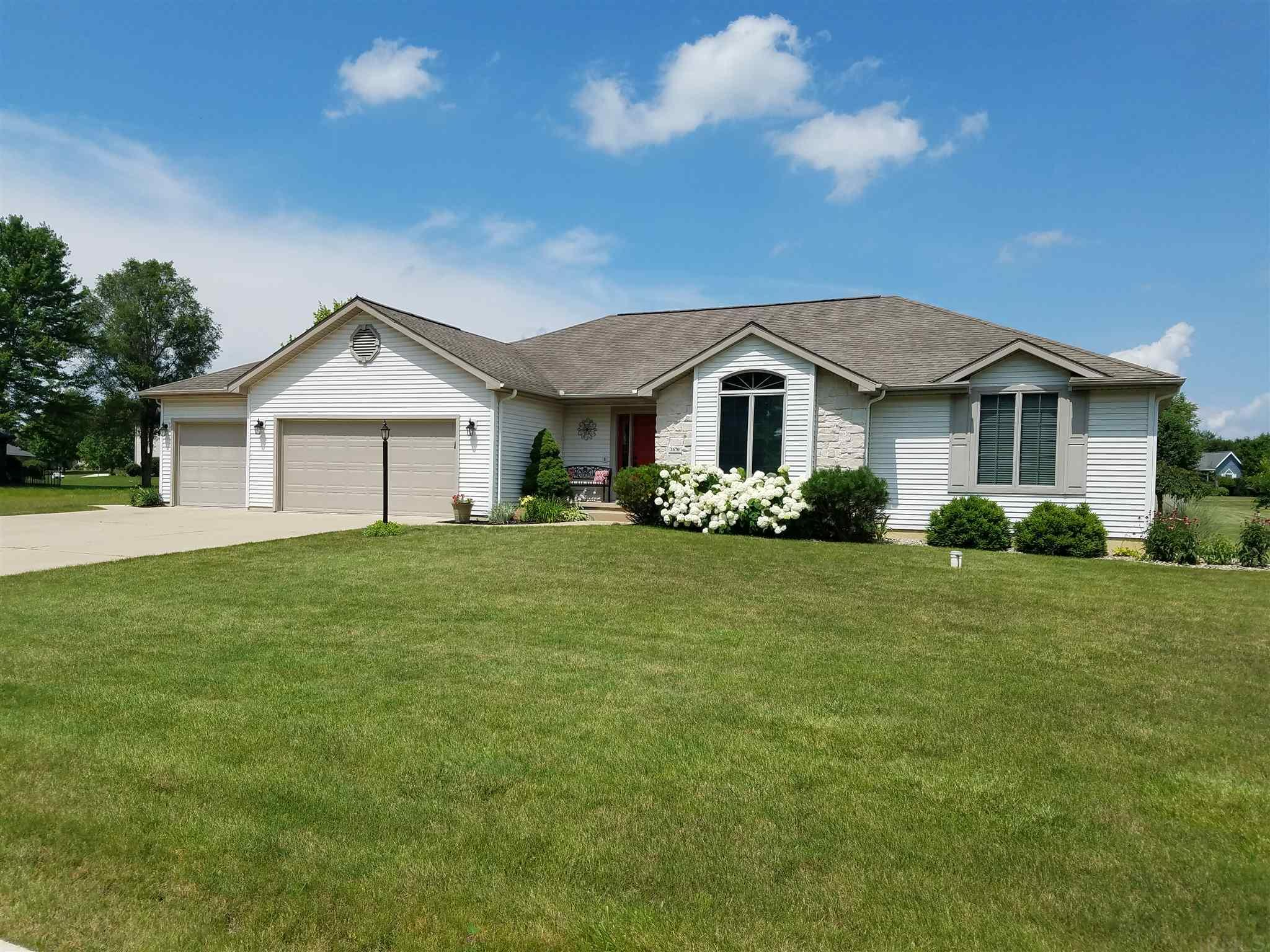 Winona Lake Homes for Sale | Encore Sotheby's International