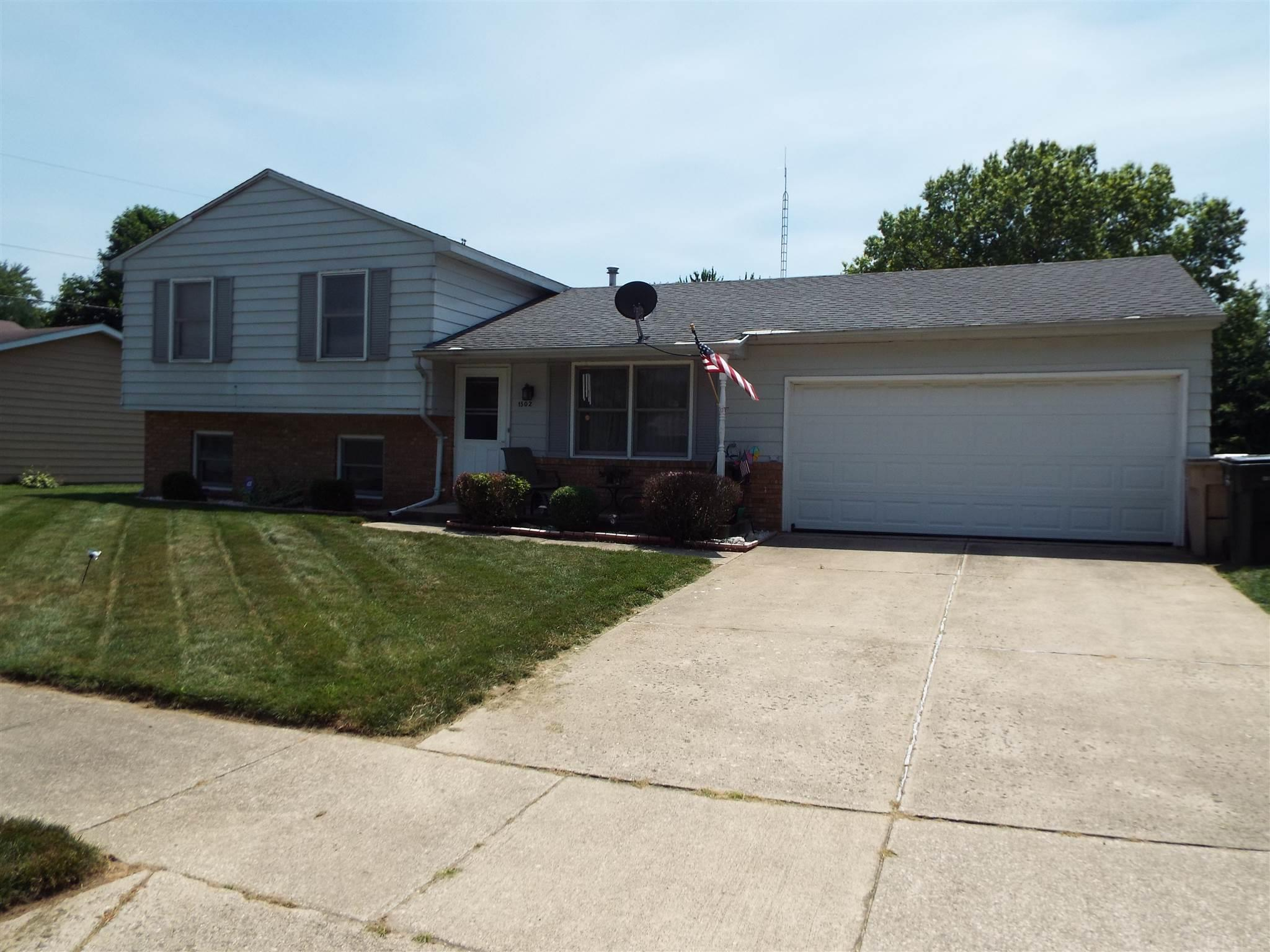 1502 Musgrave South Bend, IN 46614