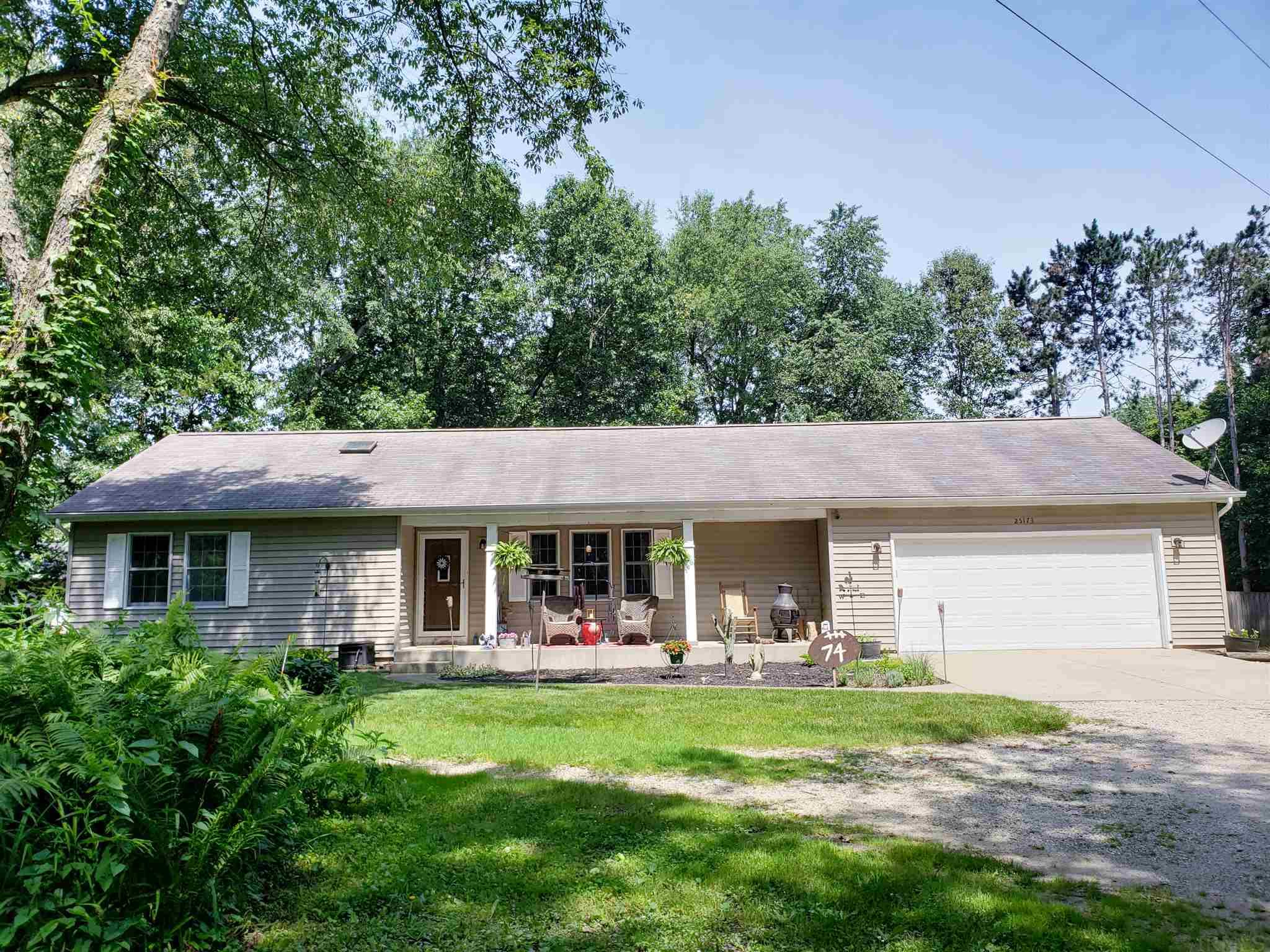 25173 Grant South Bend, IN 46619
