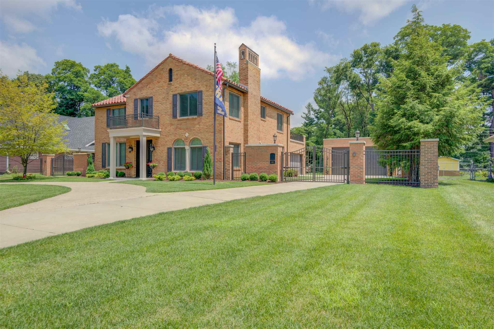 502 N Ironwood South Bend, IN 46615