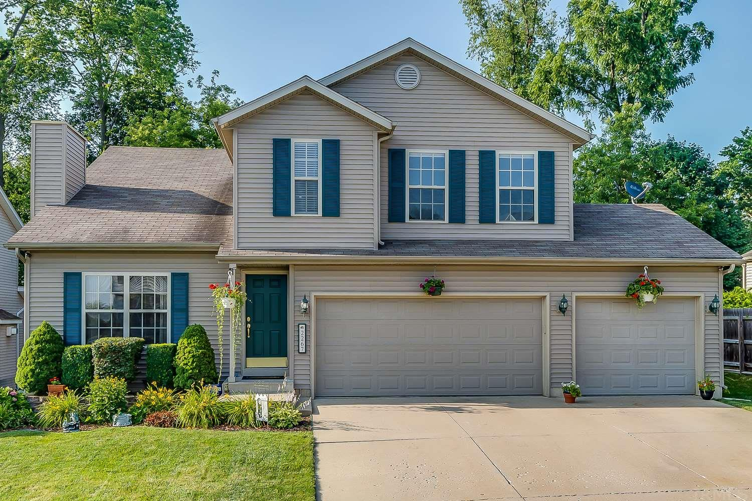 2267 Cranston South Bend, IN 46614