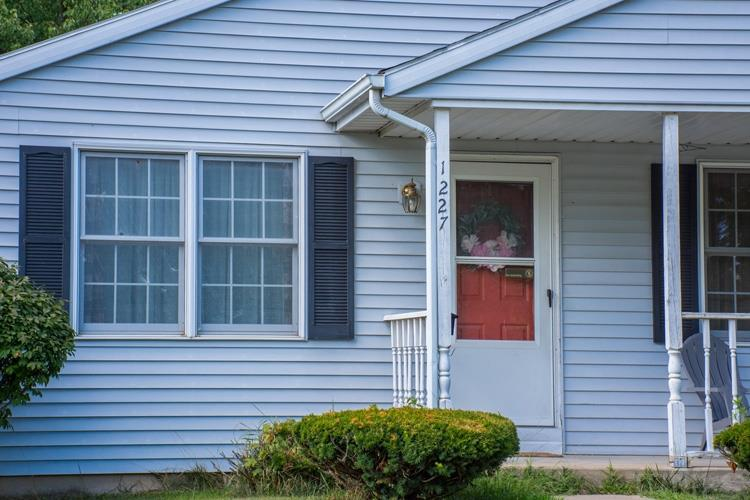 1227 Sorin South Bend, IN 46617