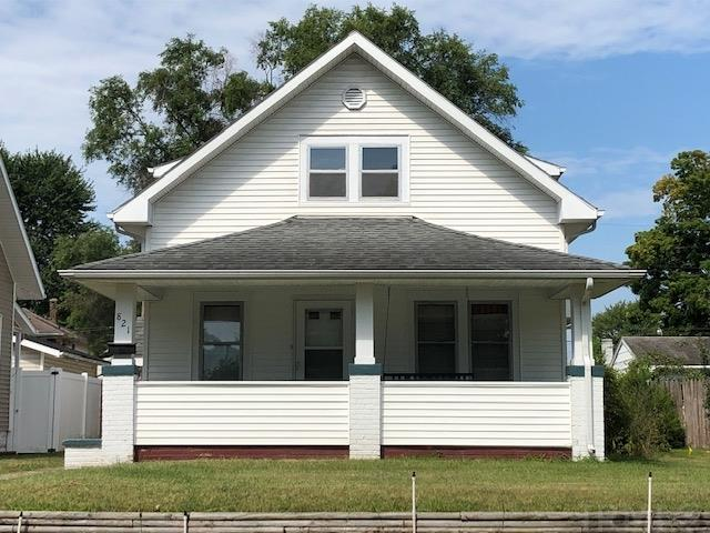 821 S 28TH South Bend, IN 46615