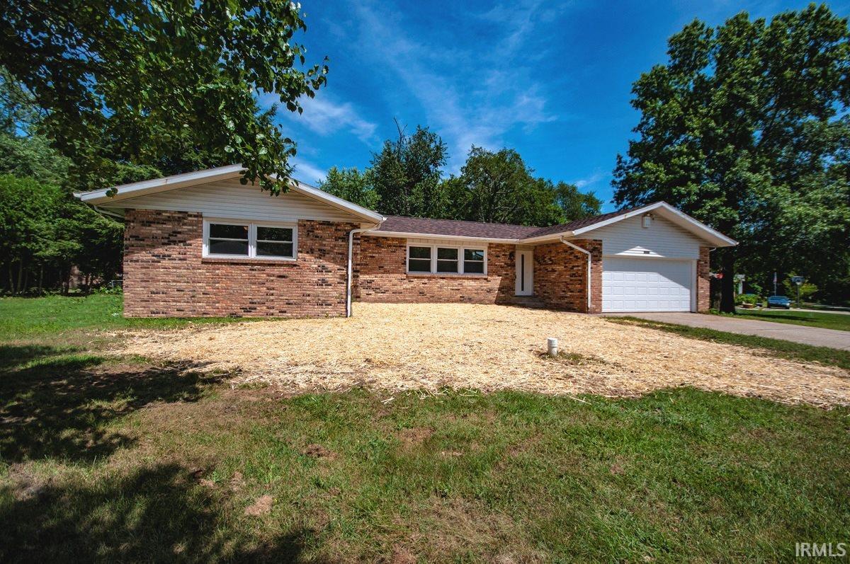 26873 Sturdy Oak Elkhart, IN 46514