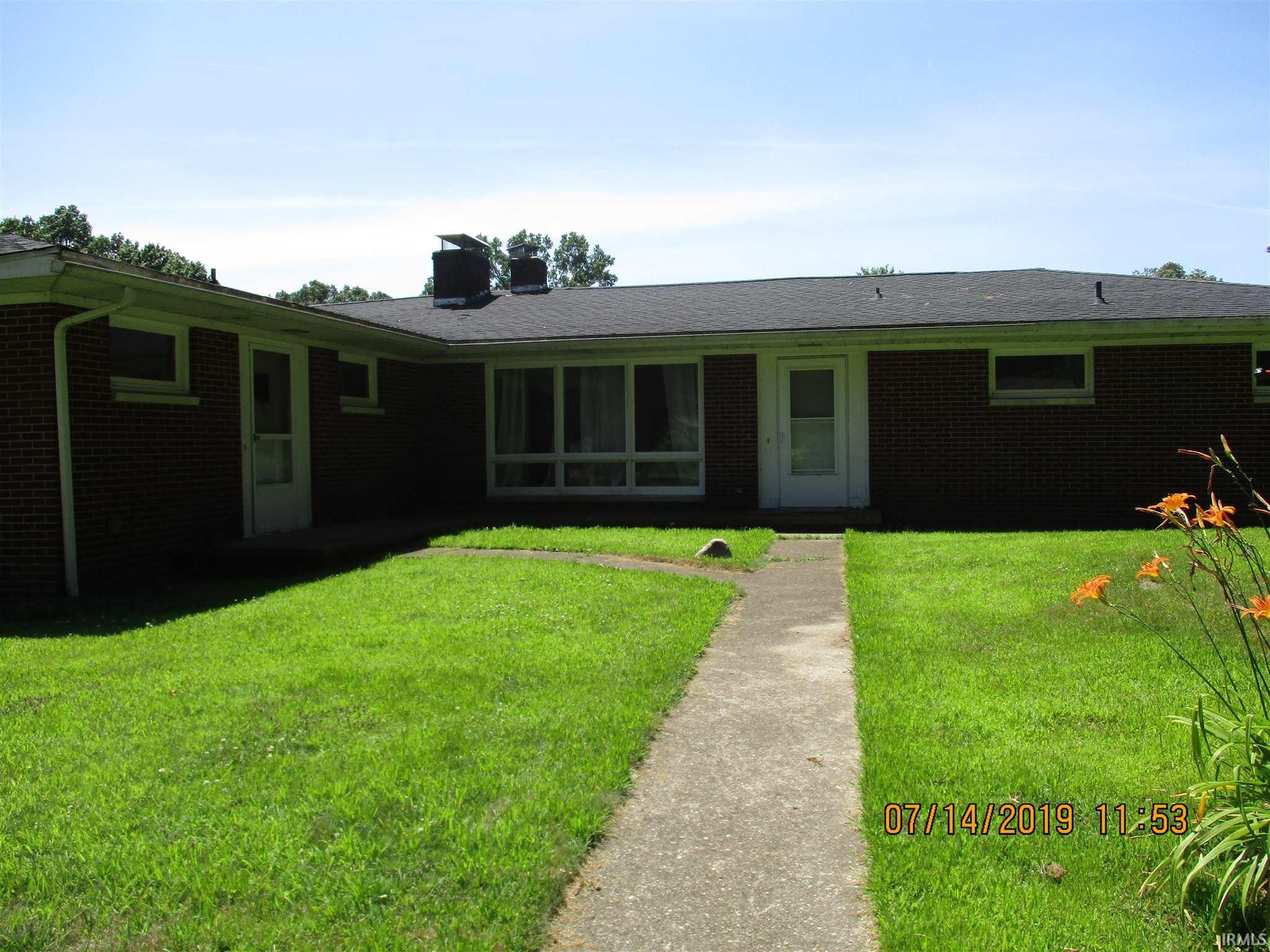 26249 Cottage Elkhart, IN 46514