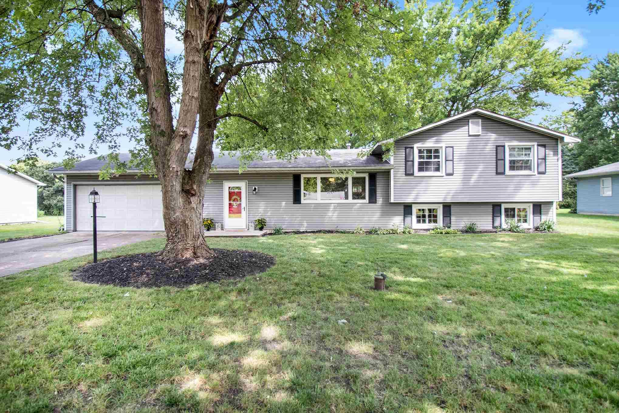 18359 Clairmont South Bend, IN 46637