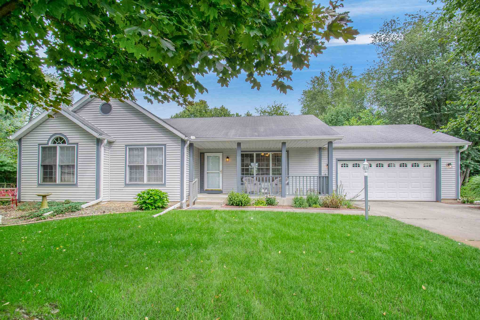 62221 Greenbrier South Bend, IN 46614