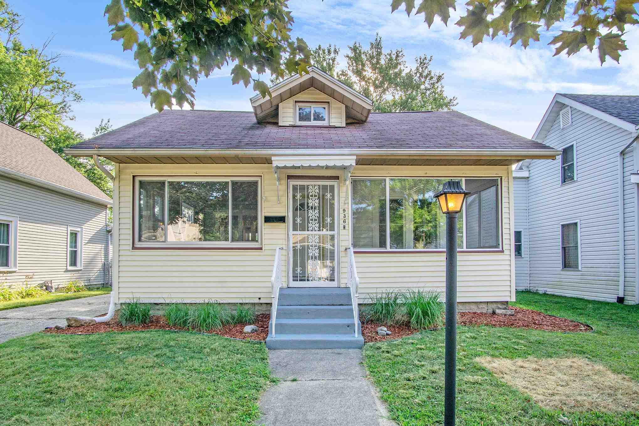 936 S 34TH South Bend, IN 46615