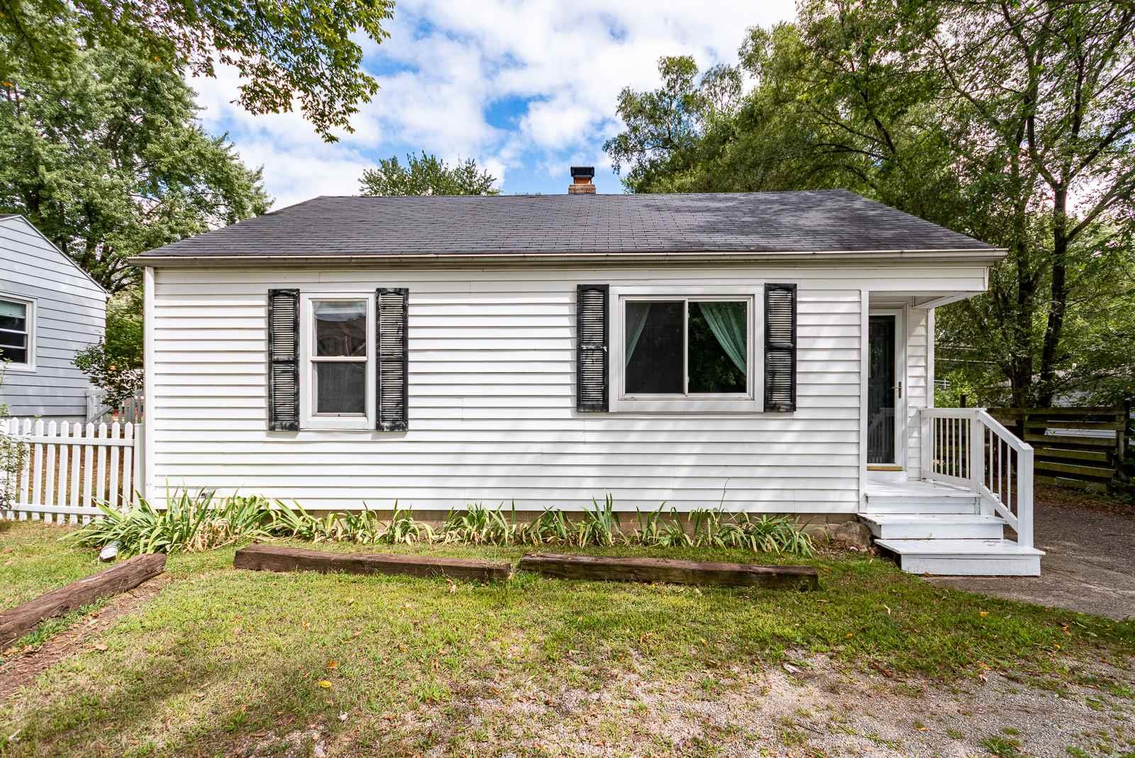 54150 Ironwood South Bend, IN 46635