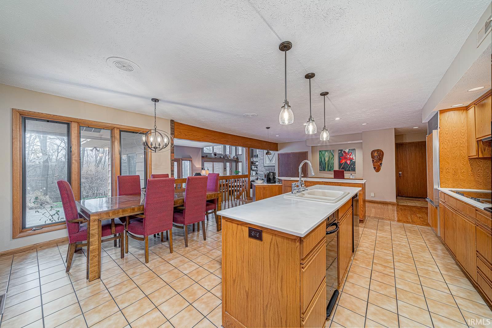 53832 Crystal Creek Elkhart, IN 46514