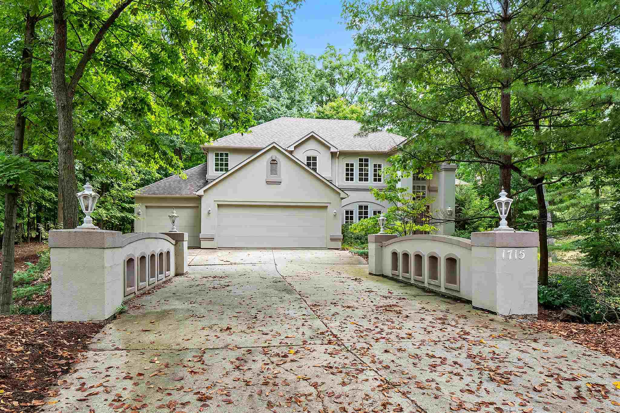 Tremendous Houses For Sale In Fort Wayne In Homes Sale Fort Wayne Download Free Architecture Designs Momecebritishbridgeorg