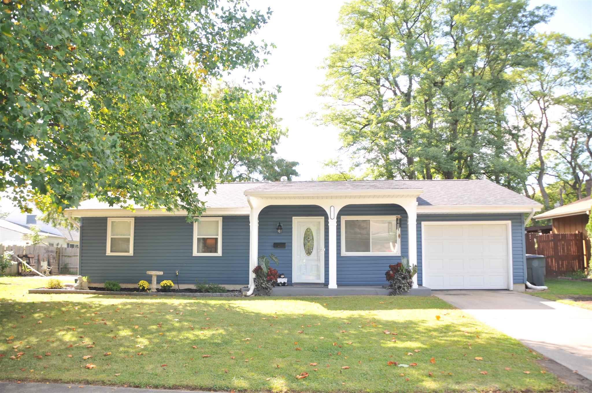 5015 Kirkshire South Bend, IN 46614