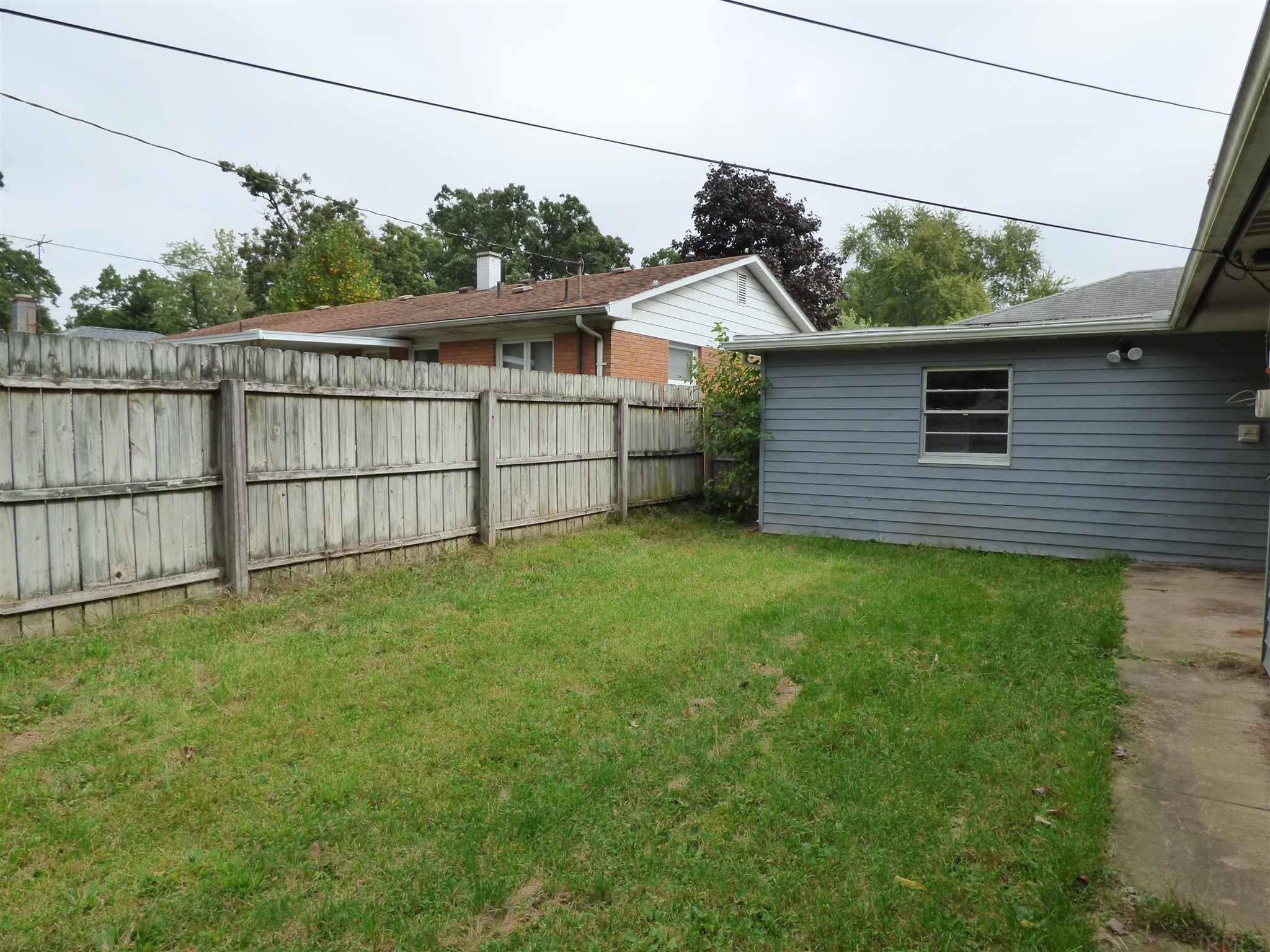 2175 Inglewood South Bend, IN 46616