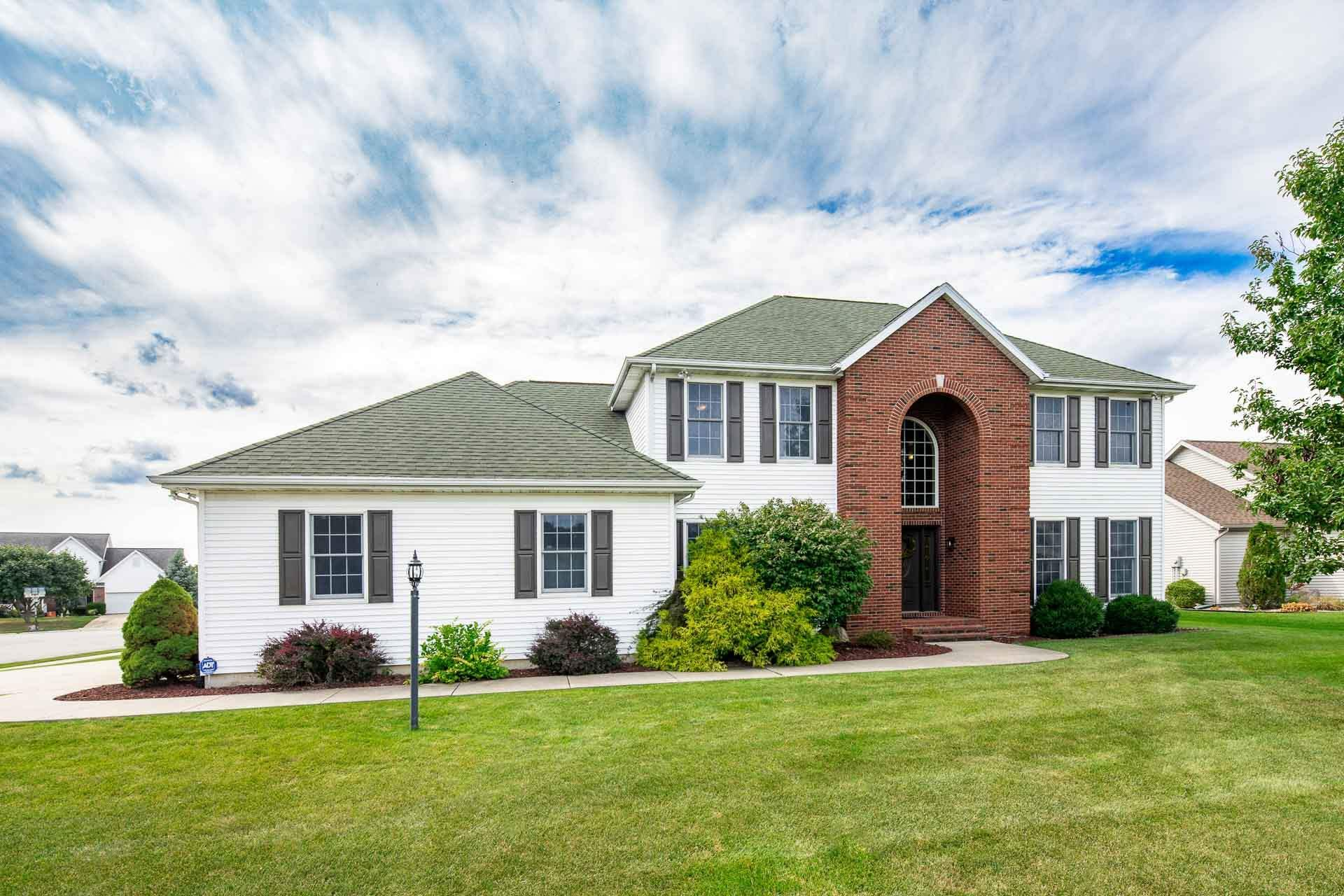 5743 Boxwood South Bend, IN 46614