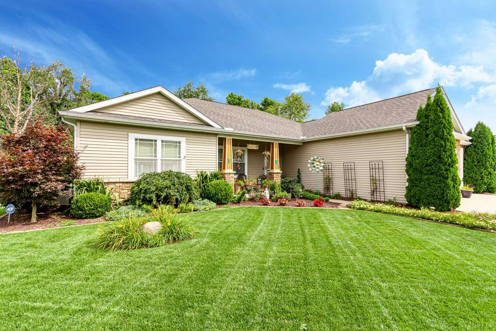19217 Copper Brook Dr South Bend, IN 46637