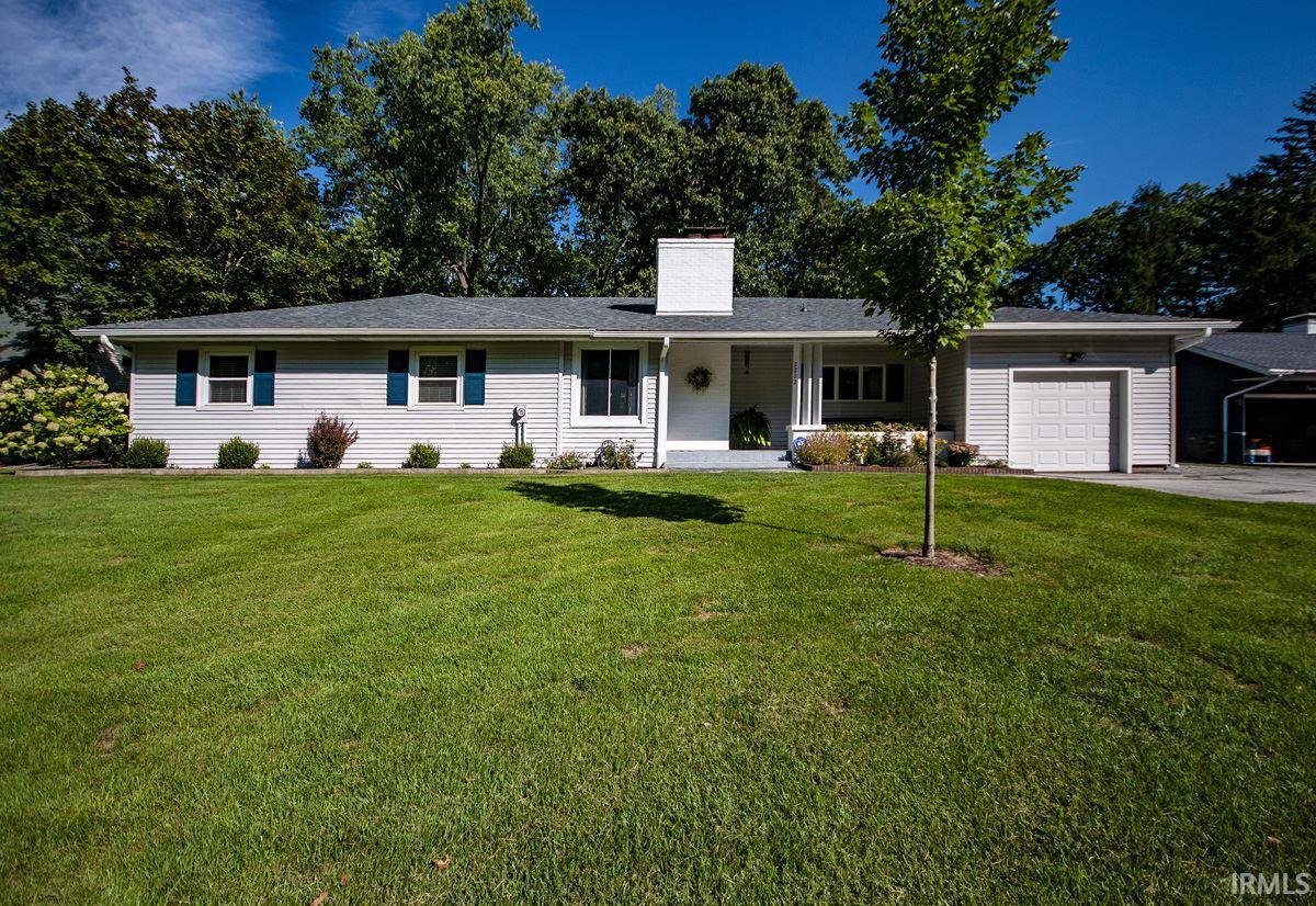 2222 Broadmoor Drive Elkhart, IN 46514