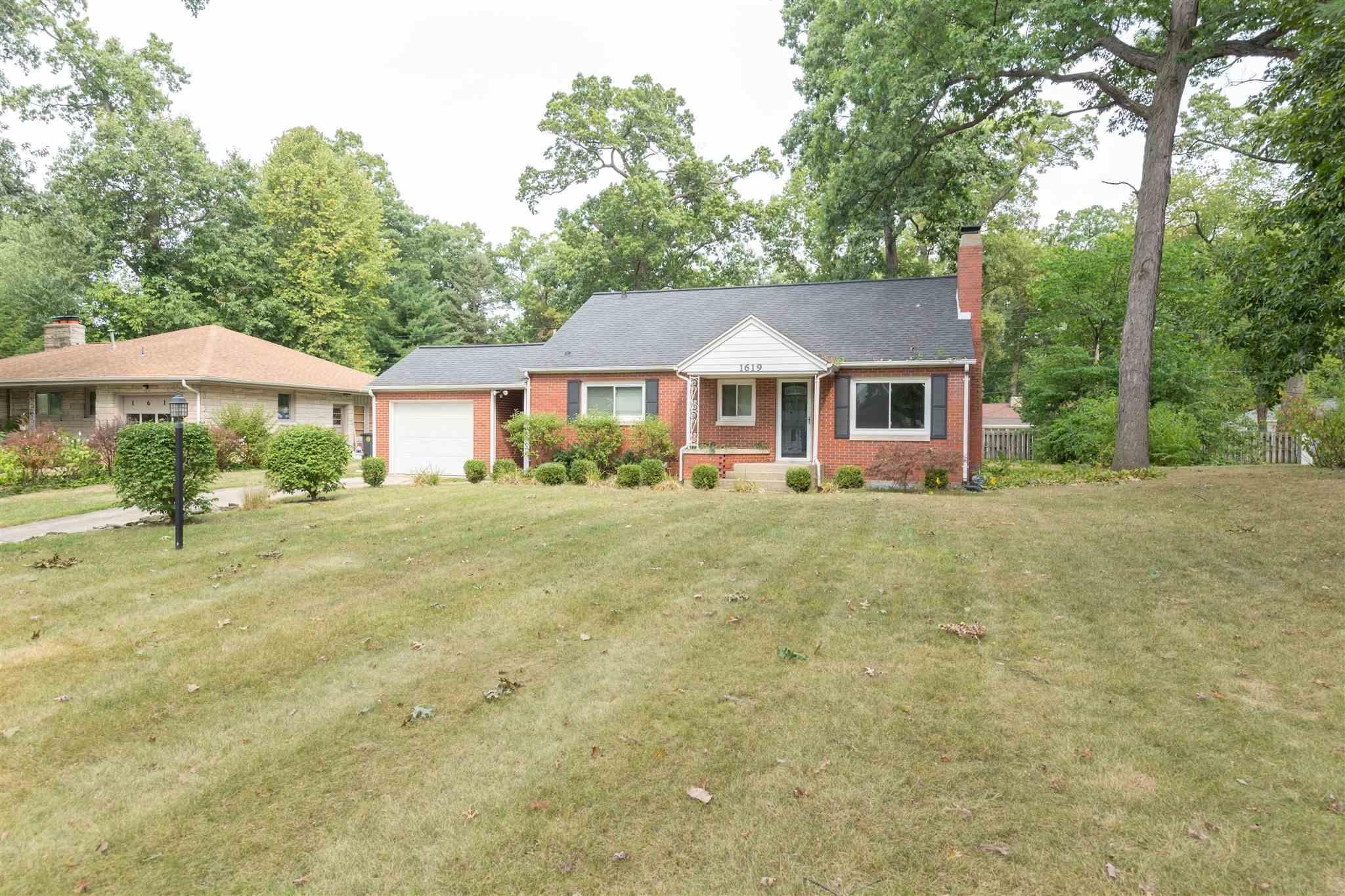 1619 Corby South Bend, IN 46617