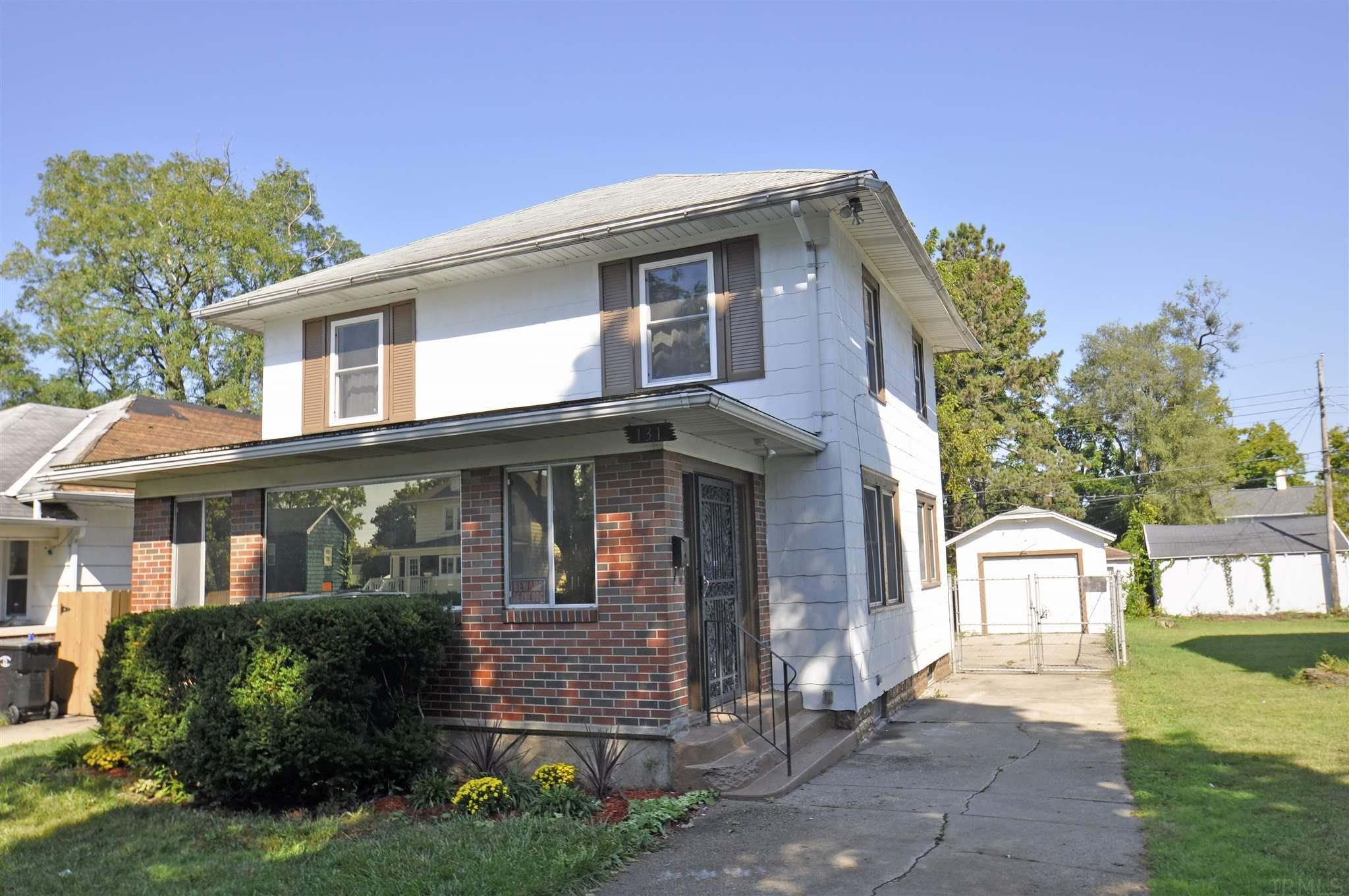 131 E Eckman South Bend, IN 46614