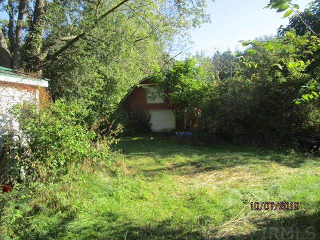 21272 Roosevelt South Bend, IN 46614