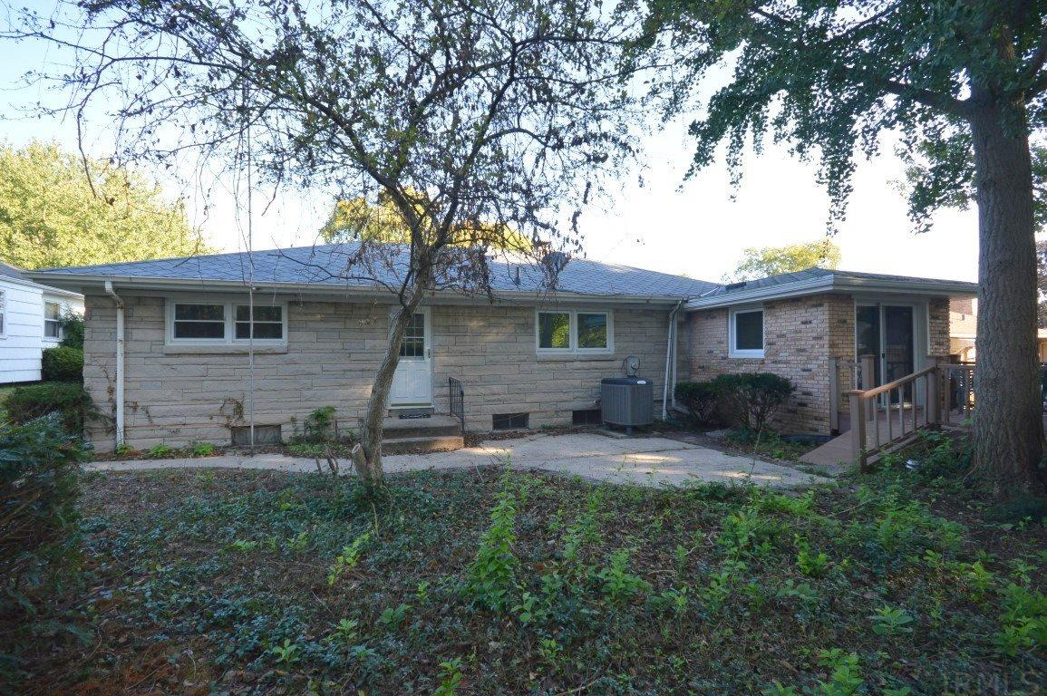 1130 E Fairview South Bend, IN 46614
