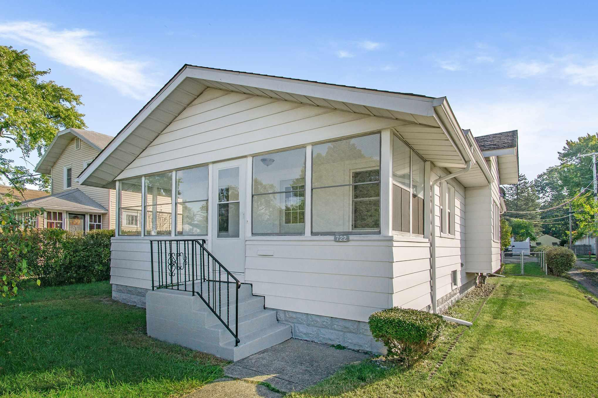 722 S 36TH South Bend, IN 46615