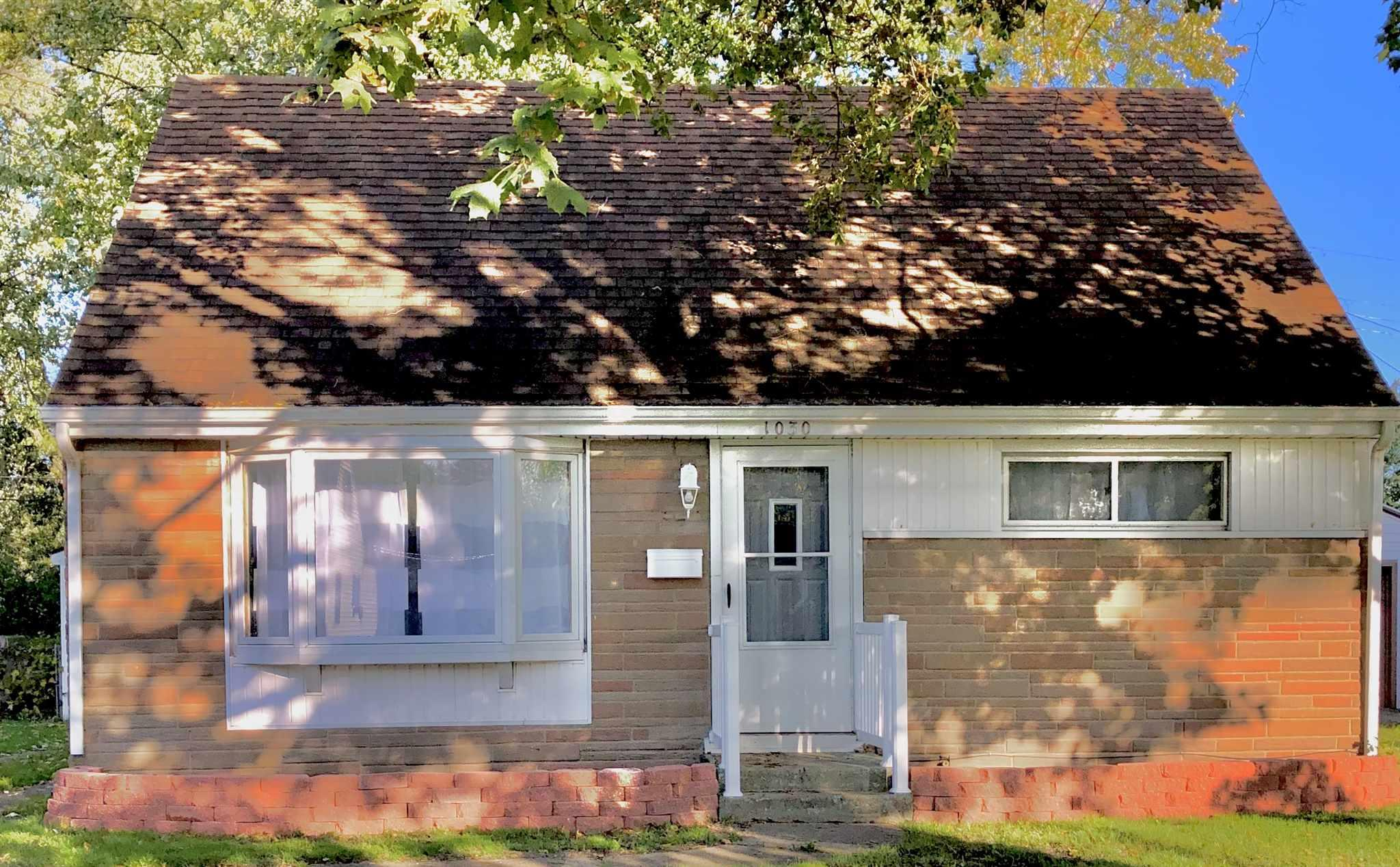 1030 Barberry South Bend, IN 46619