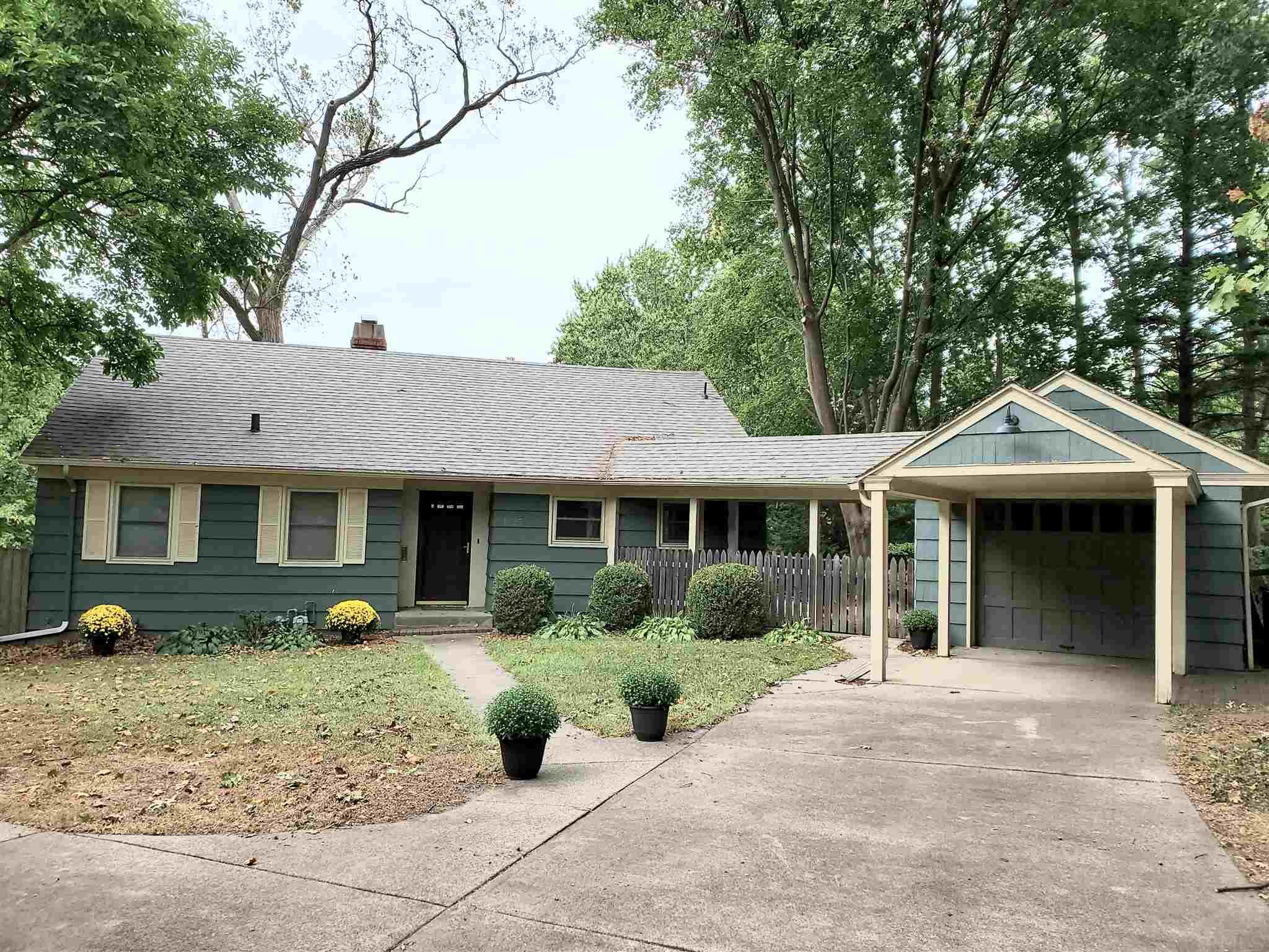 1225 S 26th South Bend, IN 46615
