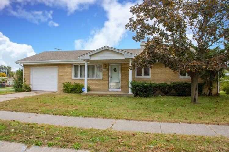1354 Woodbine South Bend, IN 46628