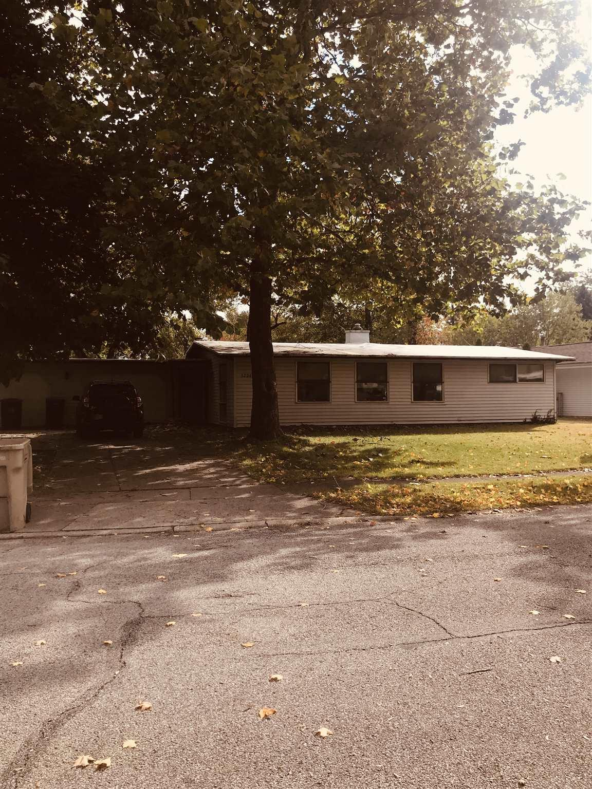 3224 Essex South Bend, IN 46615