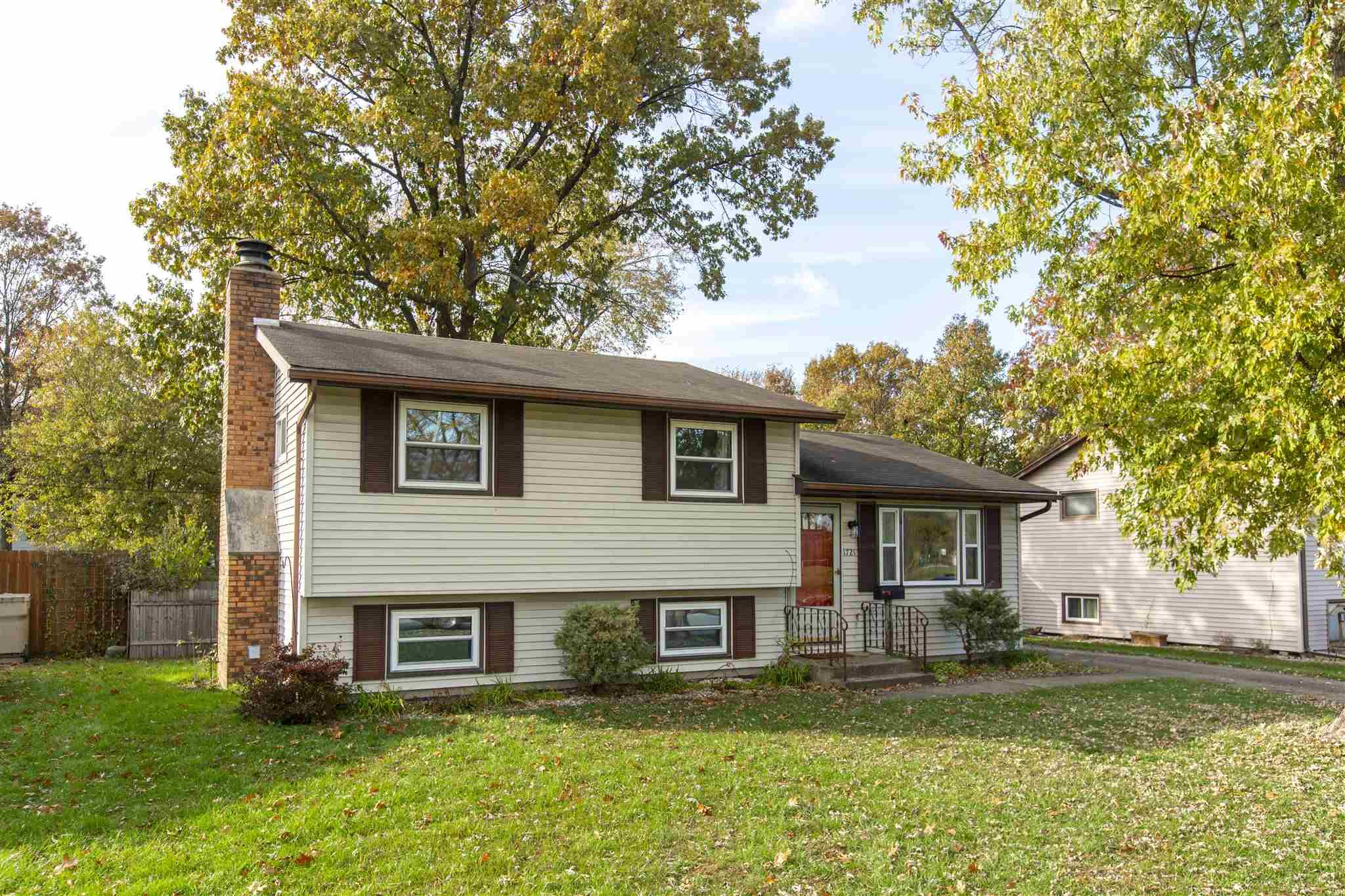 1721 Rerick South Bend, IN 46635