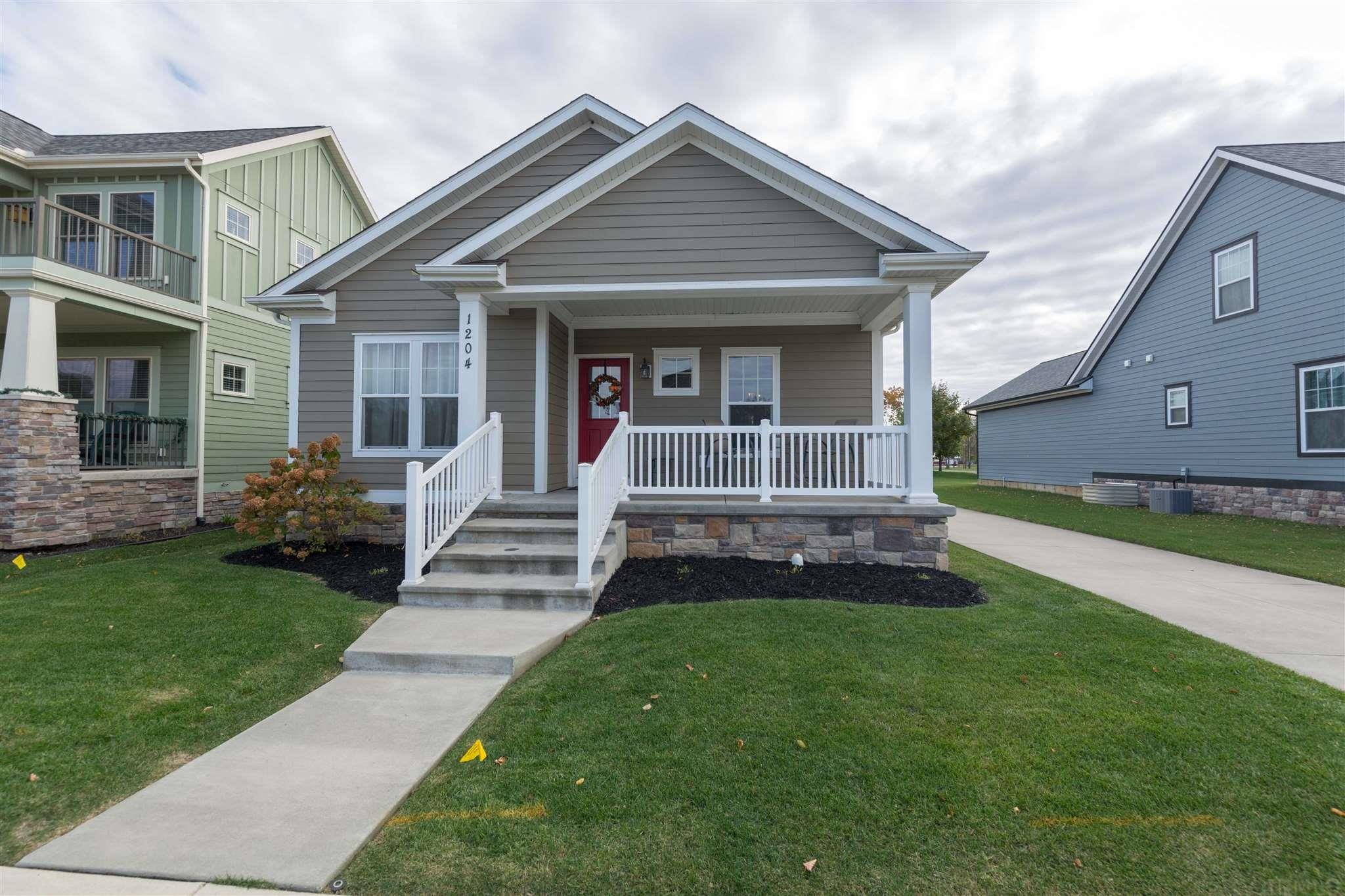 1204 Quigley South Bend, IN 46617