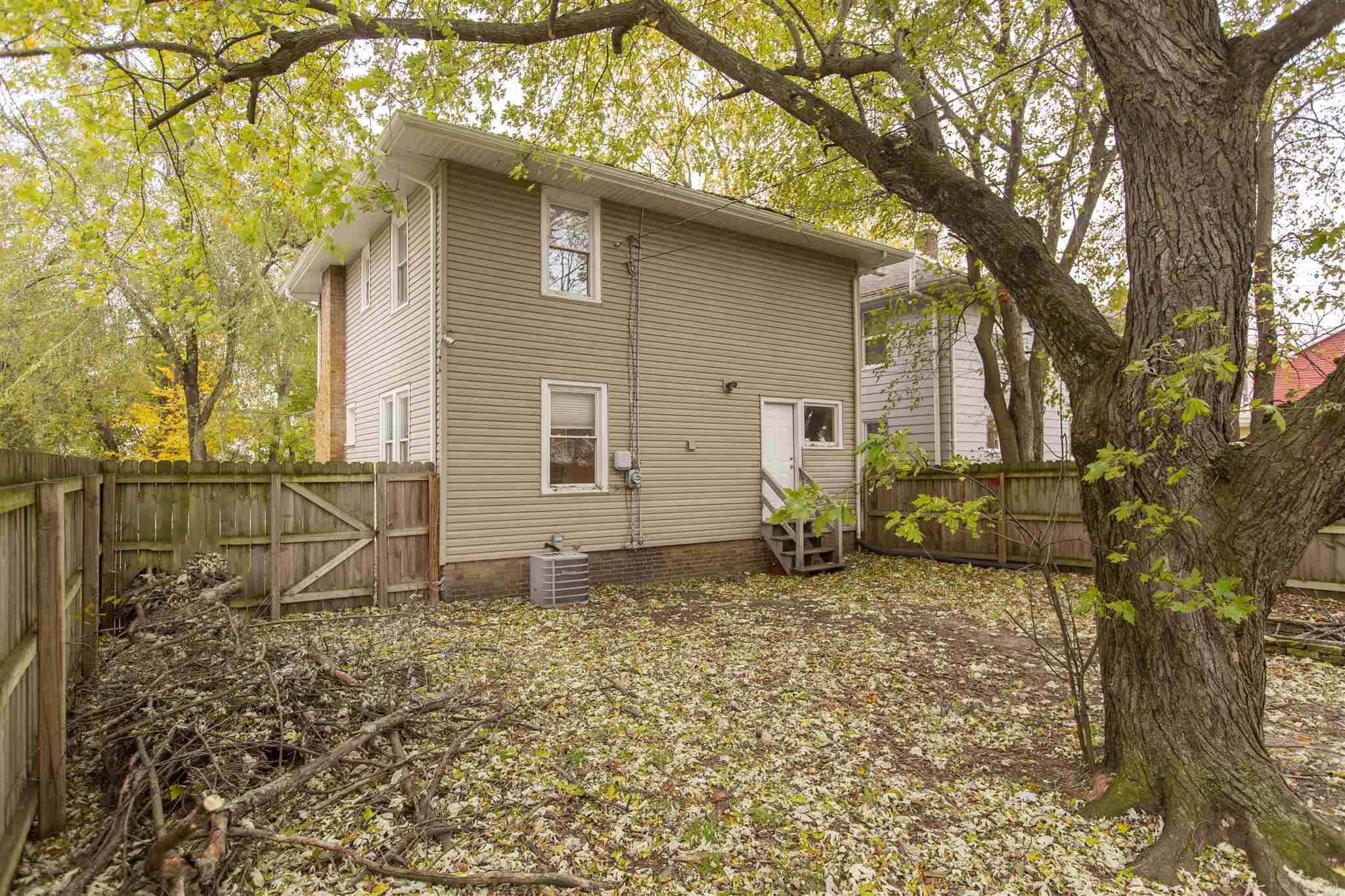 735 Turnock South Bend, IN 46617