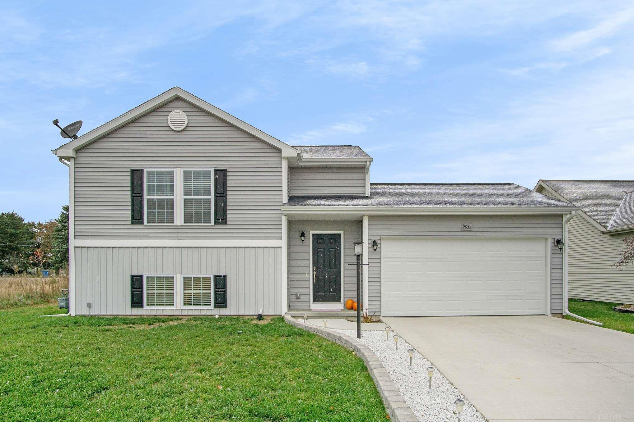 4523 Ashard South Bend, IN 46628