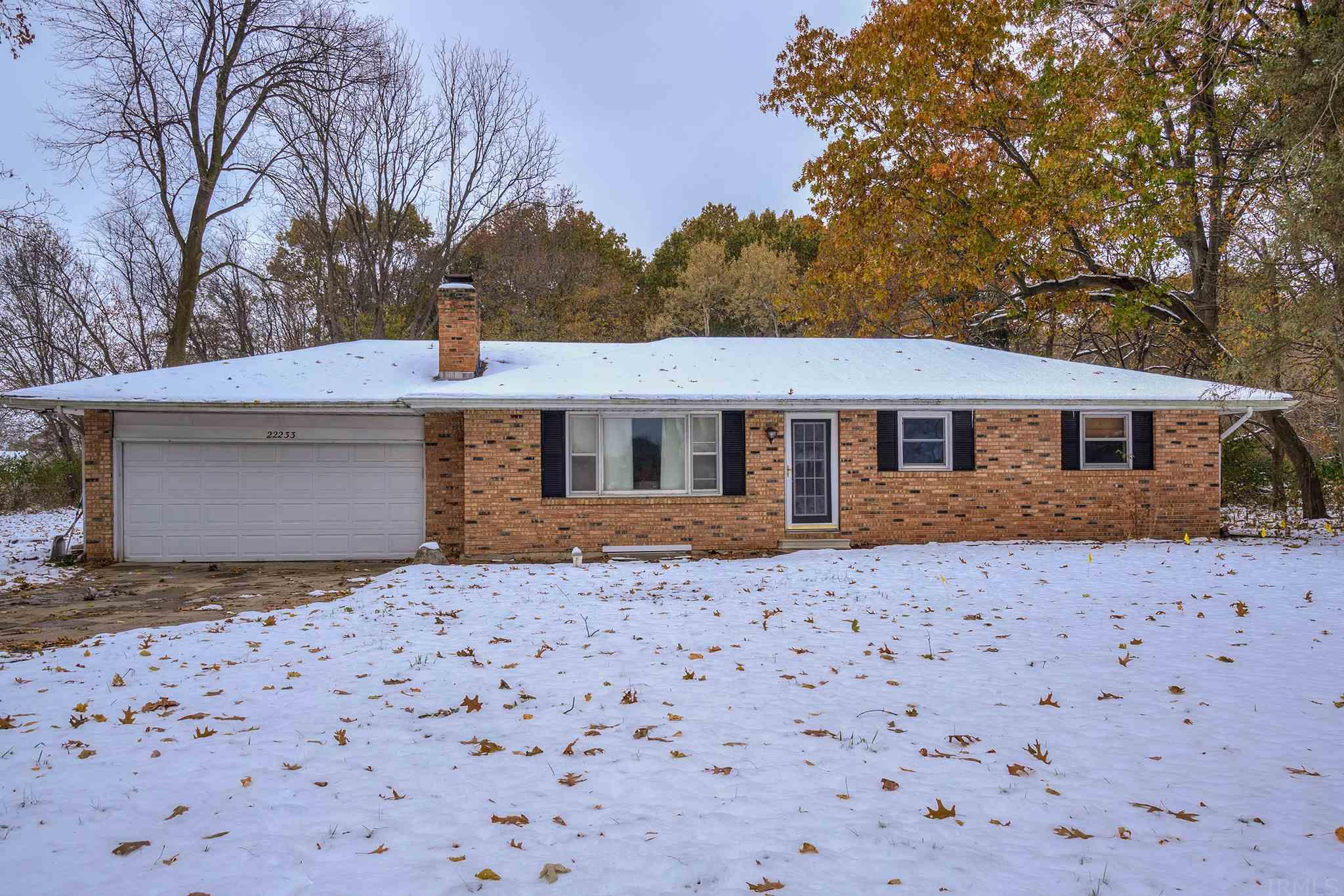 22233 Brick South Bend, IN 46628