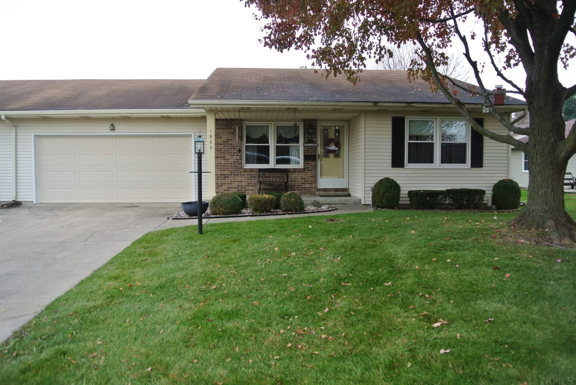 1922 Hampstead South Bend, IN 46614