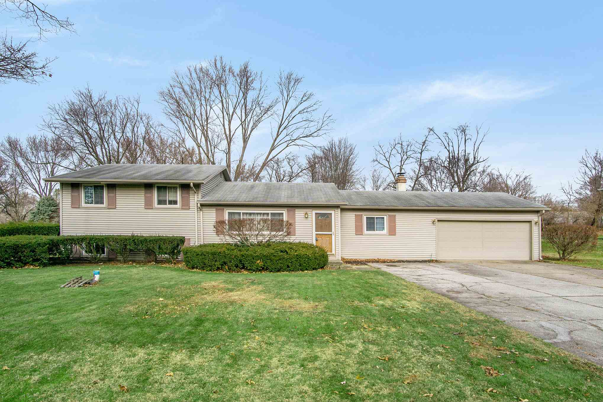 18165 Chipstead South Bend, IN 46637