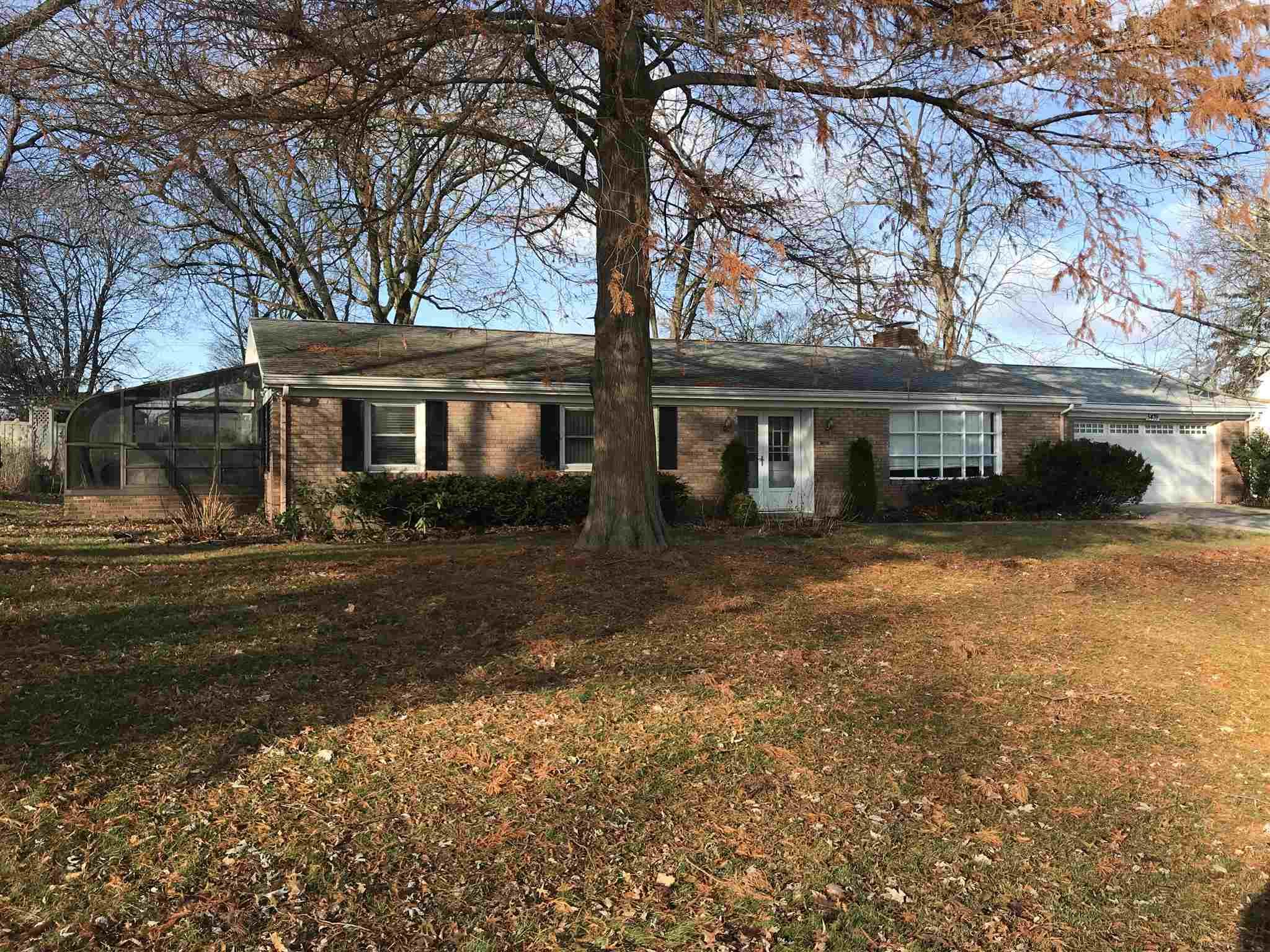 5439 S Raleigh South Bend, IN 46614