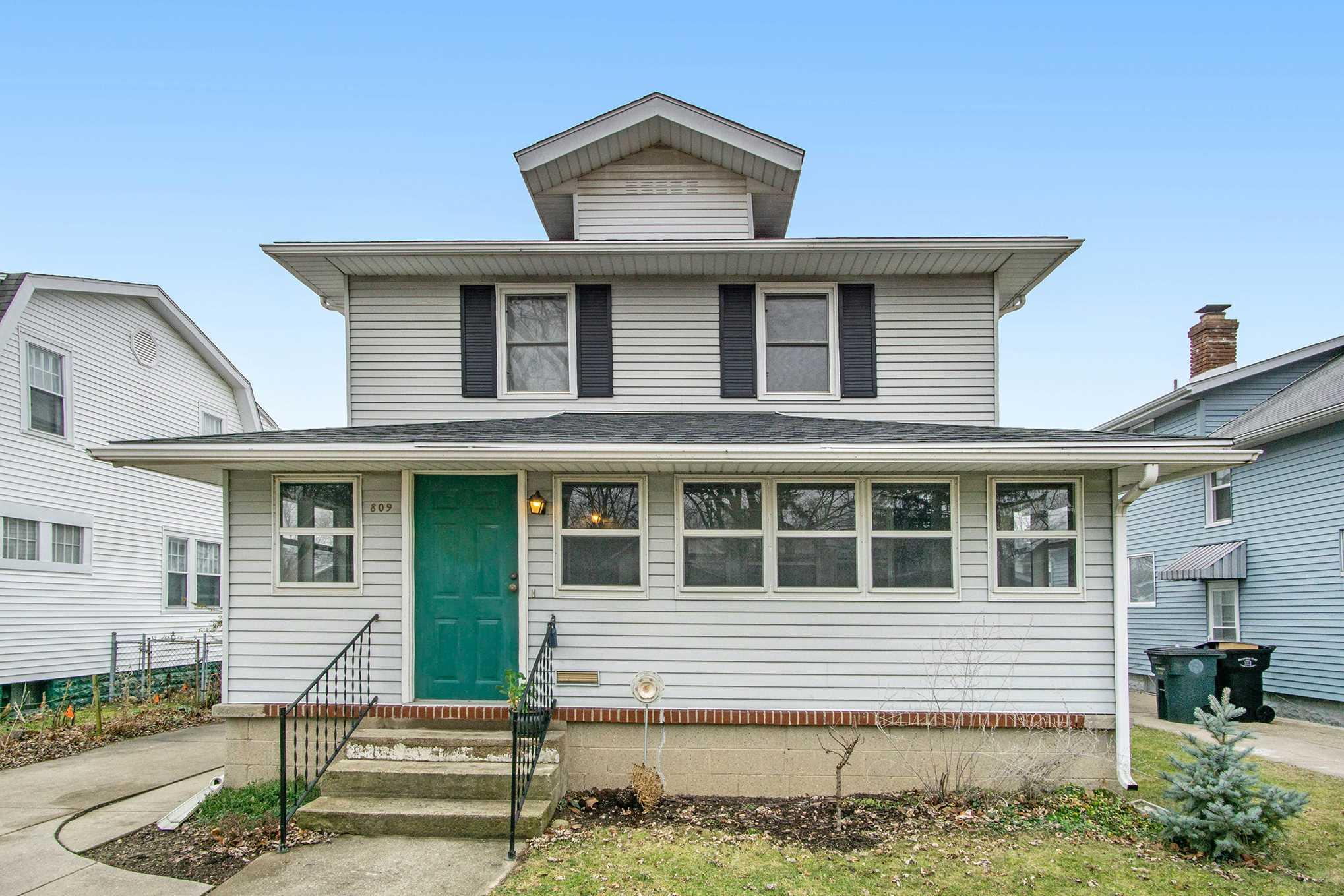 809 S 33RD South Bend, IN 46615