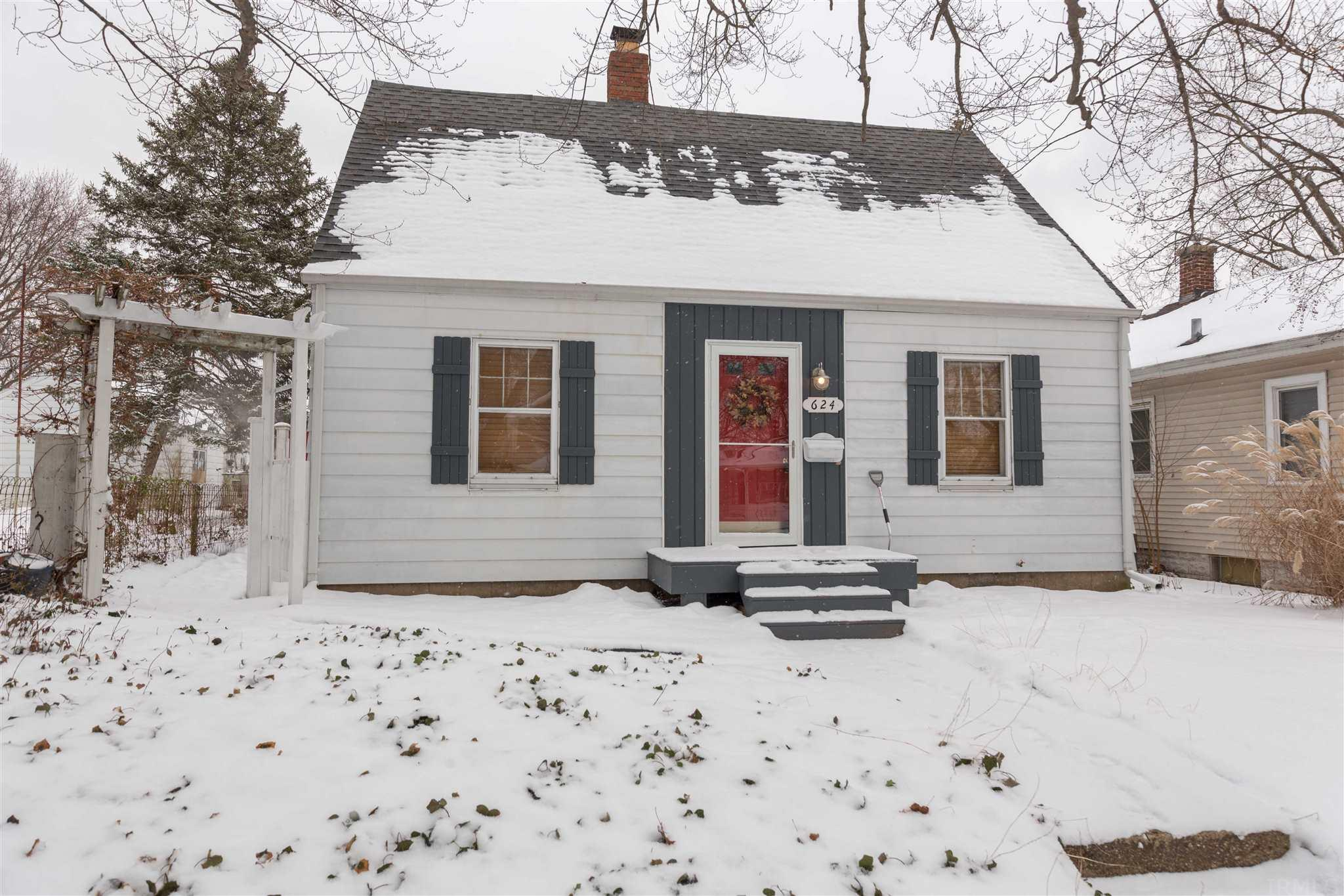 624 S 29TH South Bend, IN 46615