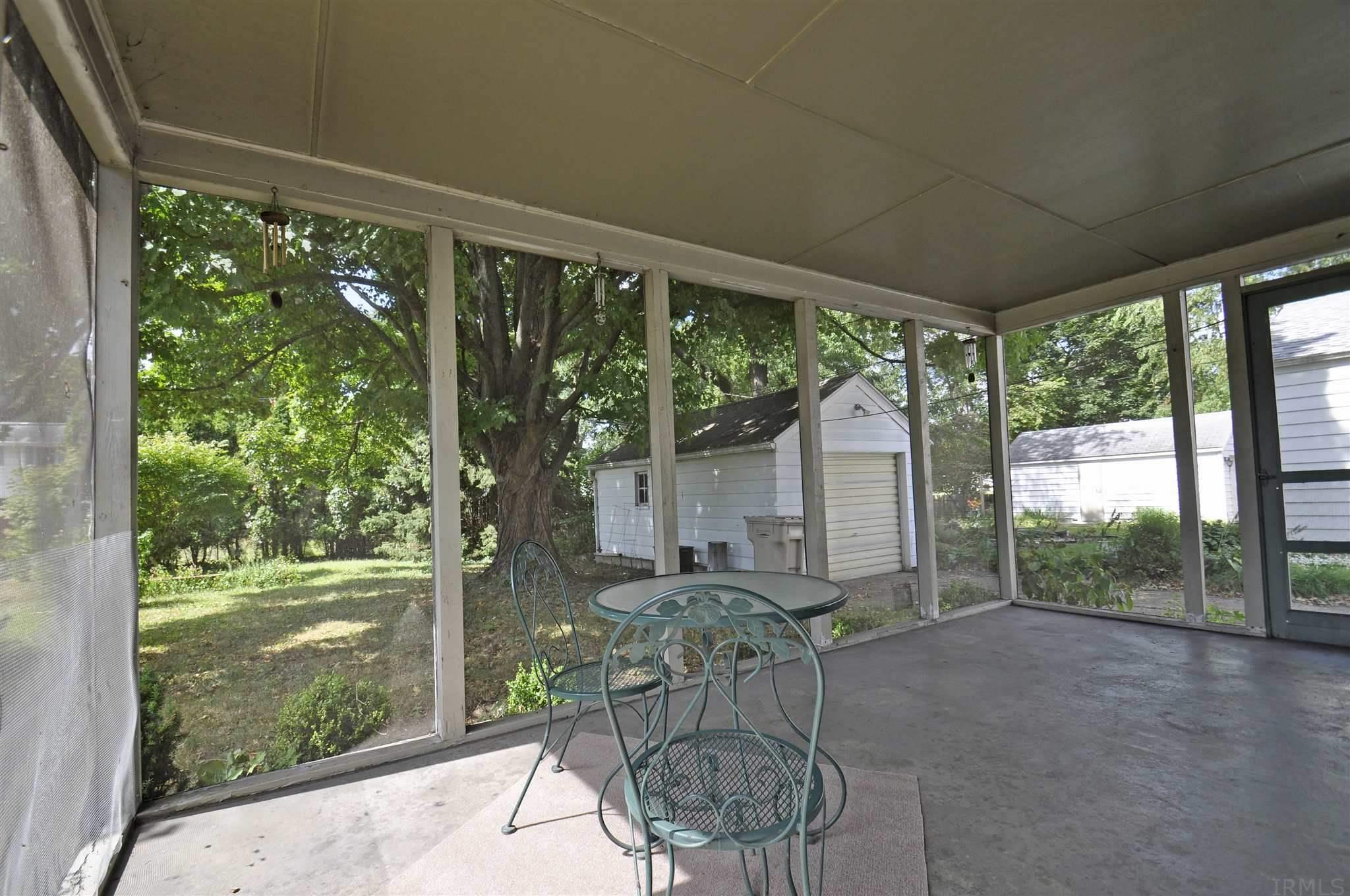 733 Northwood South Bend, IN 46617