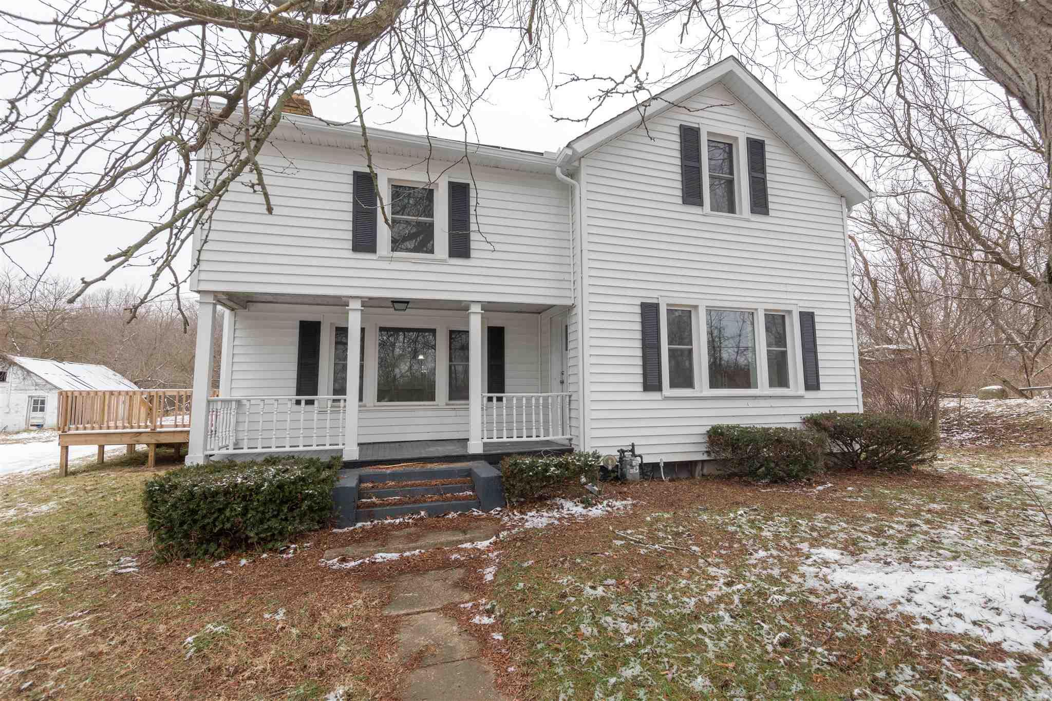 54745 Pine South Bend, IN 46628