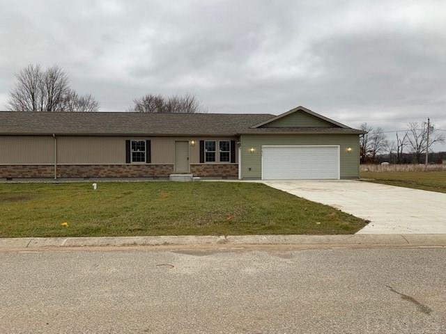 Like new ranch duplex, Fresh paint and neat as a pin! Great location on Elkharts North Side just waiting for you!  3 Bedrooms, 2 full baths, Living Room, Eat-In-Kitchen, Main Floor Laundry and 2 car attached garage.