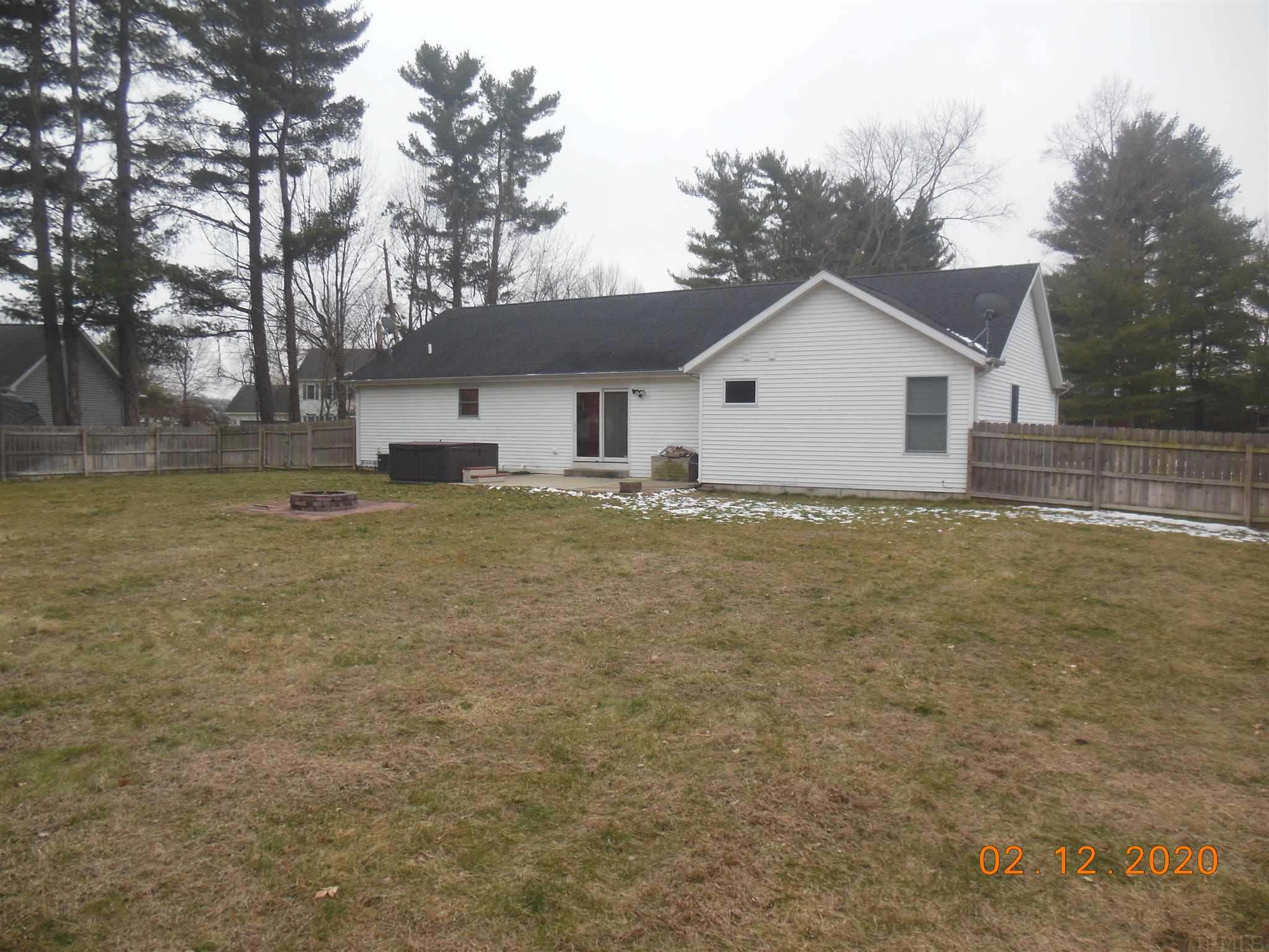 30709 Pine Bluff Elkhart, IN 46517