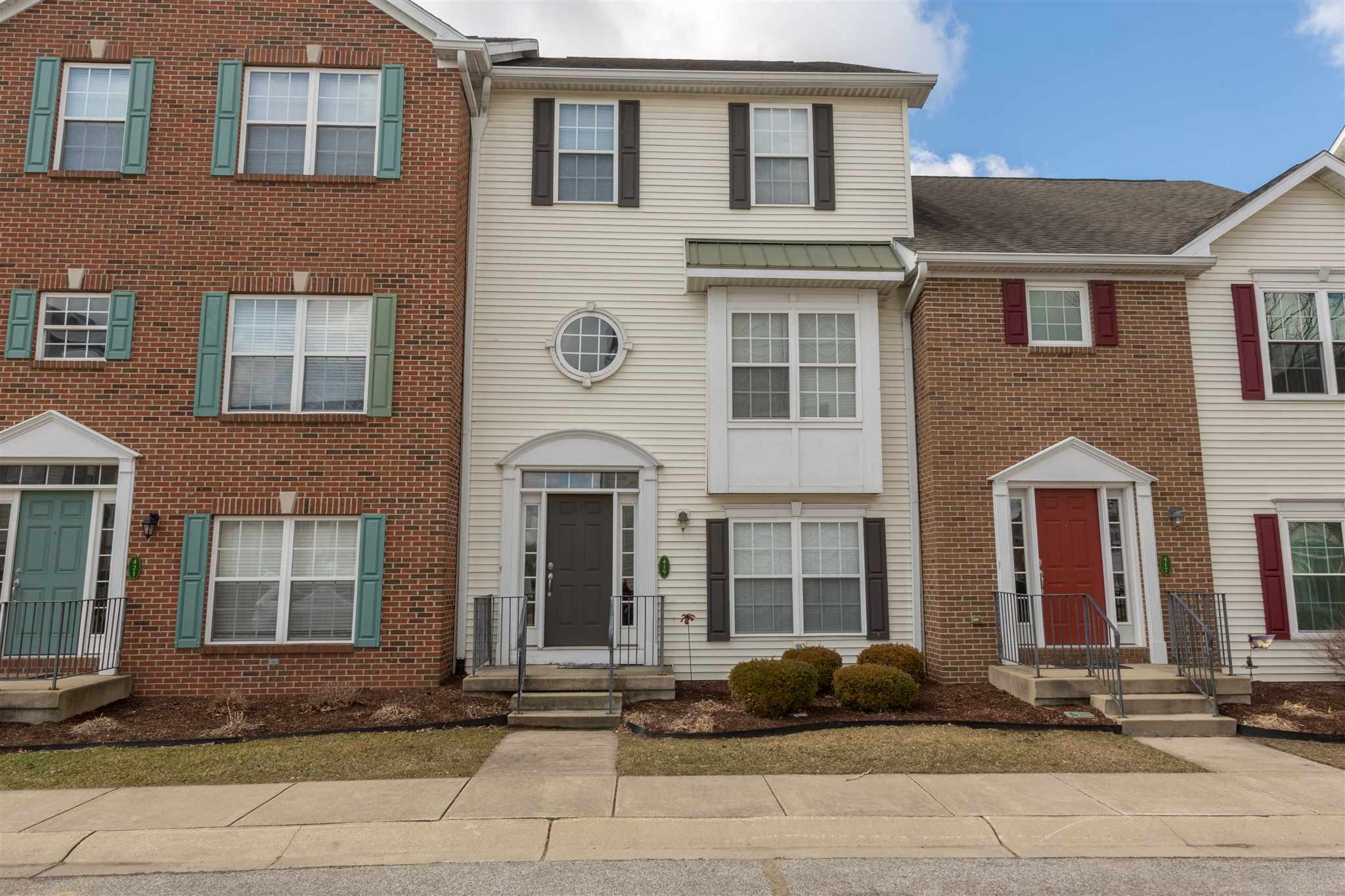 419 Abbey South Bend, IN 46637
