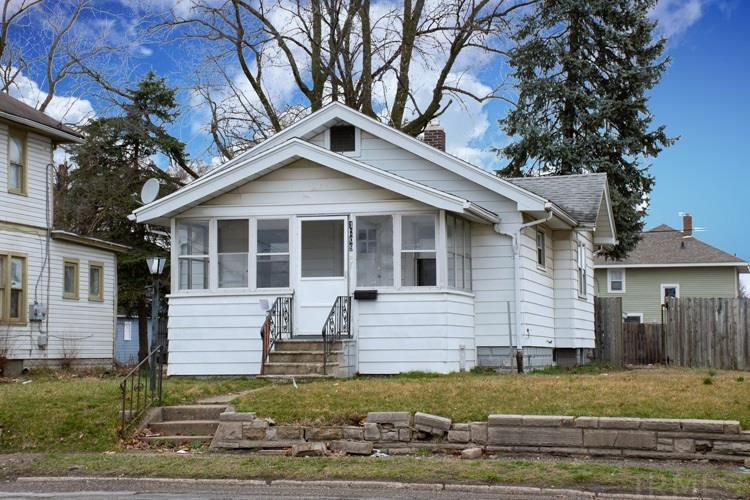 1309 Elwood South Bend, IN 46628