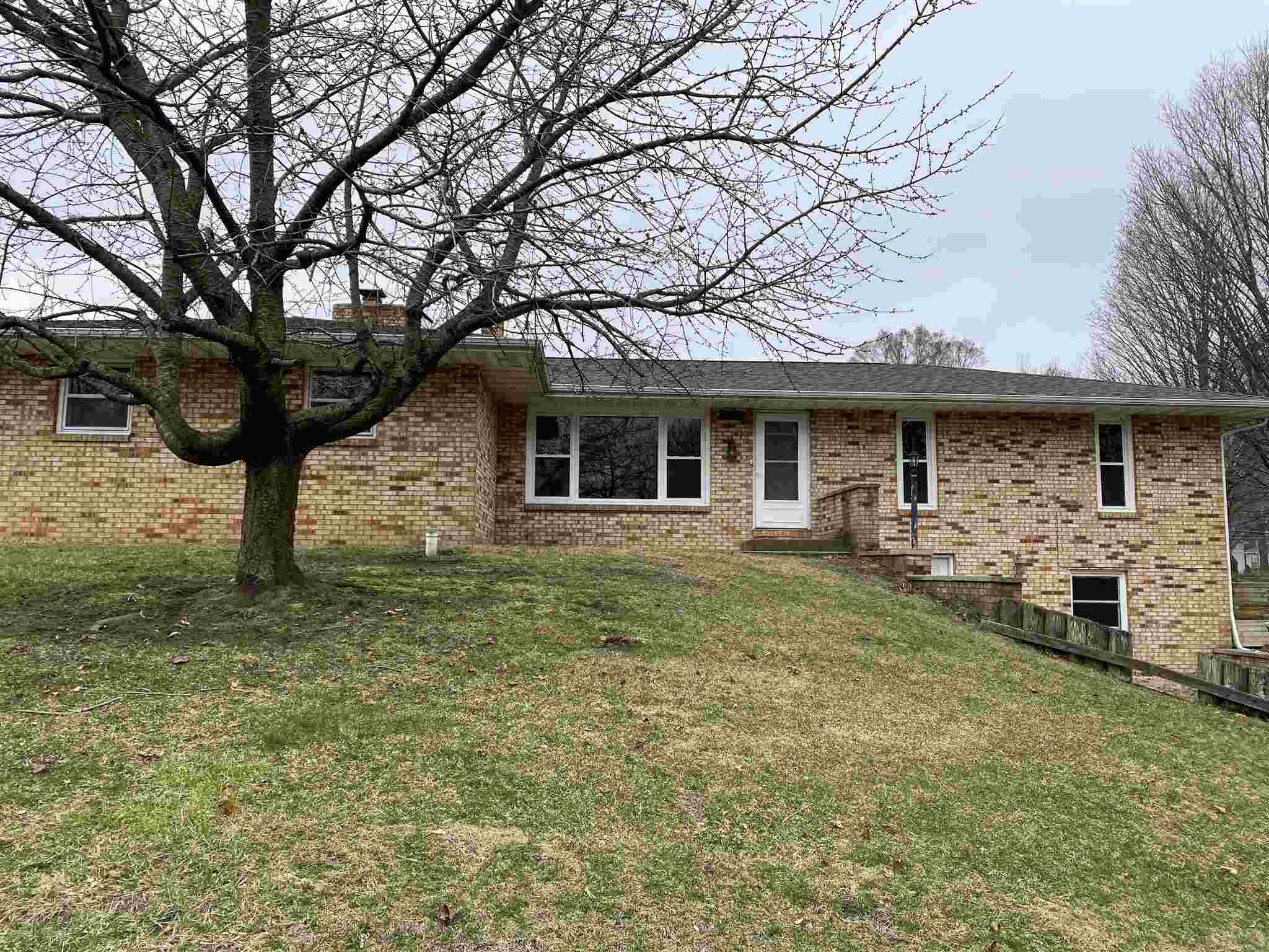 55585 Blue Jay South Bend, IN 46619