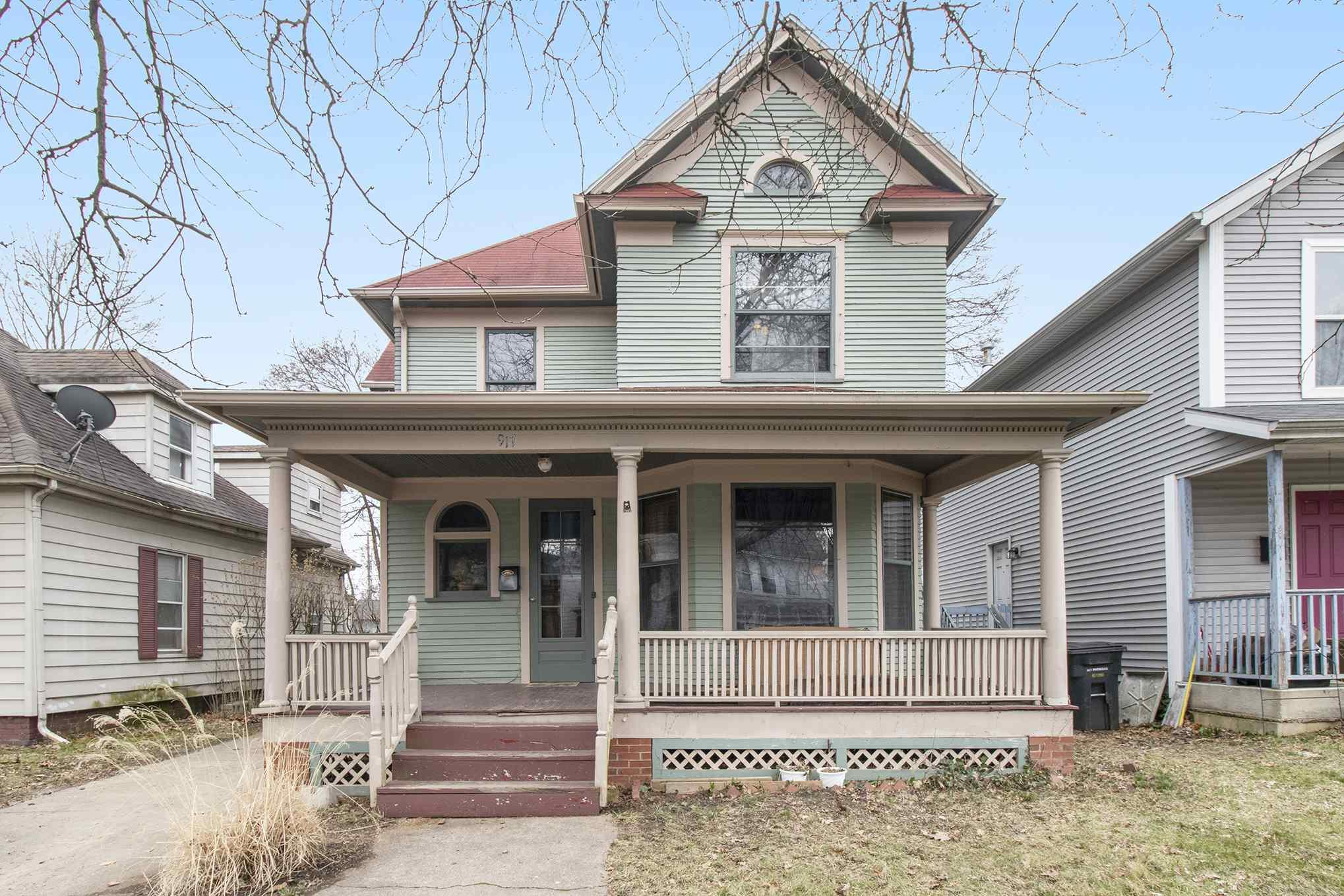 917 Leland South Bend, IN 46616